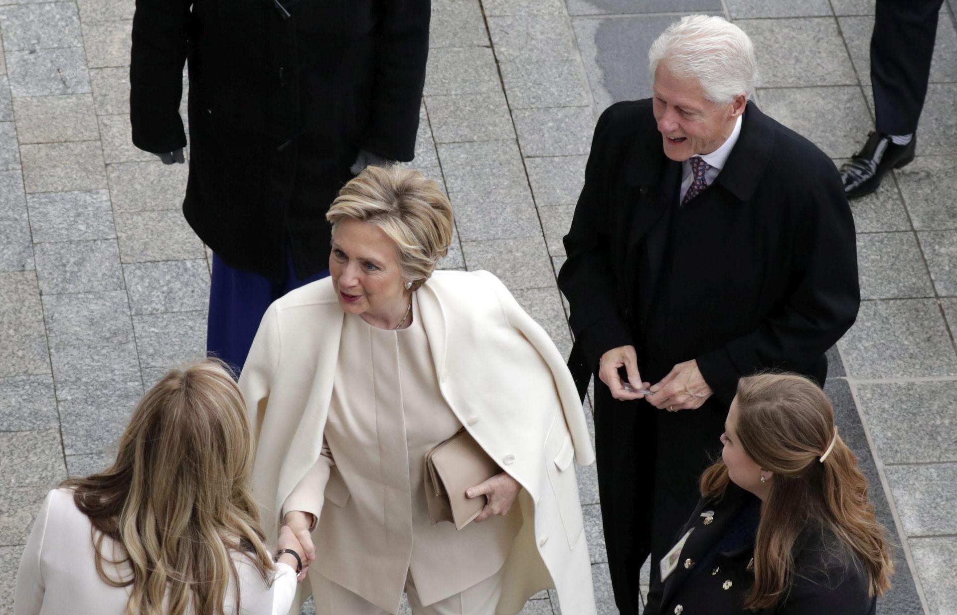 Trump odao priznanje Hillary Clinton pred kongresnicima