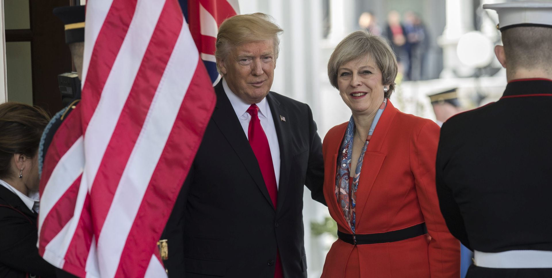 VIDEO: Theresa May 'čuva pozivnicu' za Donalda Trumpa