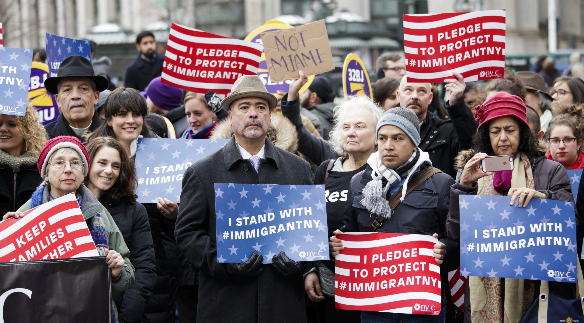 Trumpova izvršna uredba o imigrantima završila na sudu