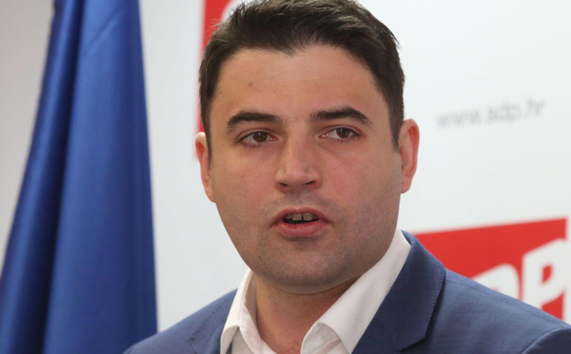 BERNARDIĆ 'Pred SDP-om su lokalni izbori, a pred građanima Hrvatske jasan izbor'