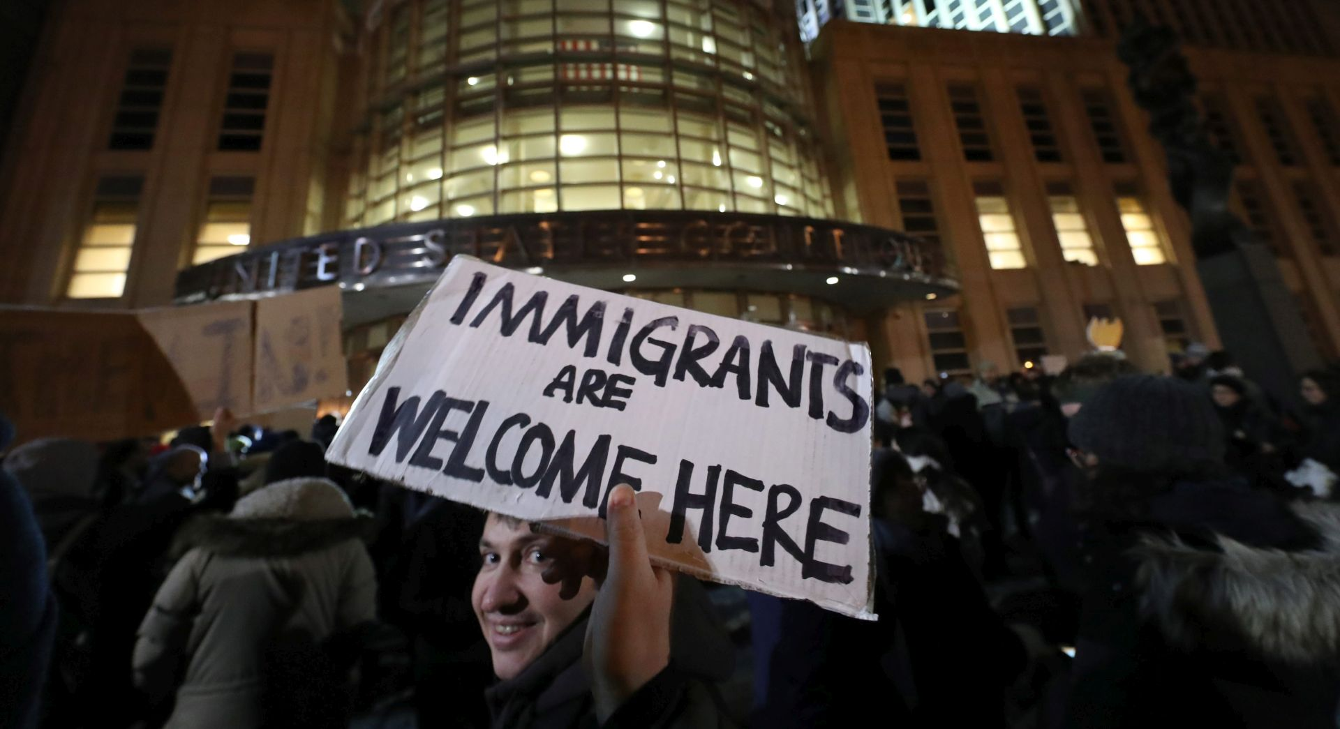 SUPROTNO PREDSJEDNIČKOM UKAZU Američka sutkinja privremeno spriječila izgon iz SAD-a
