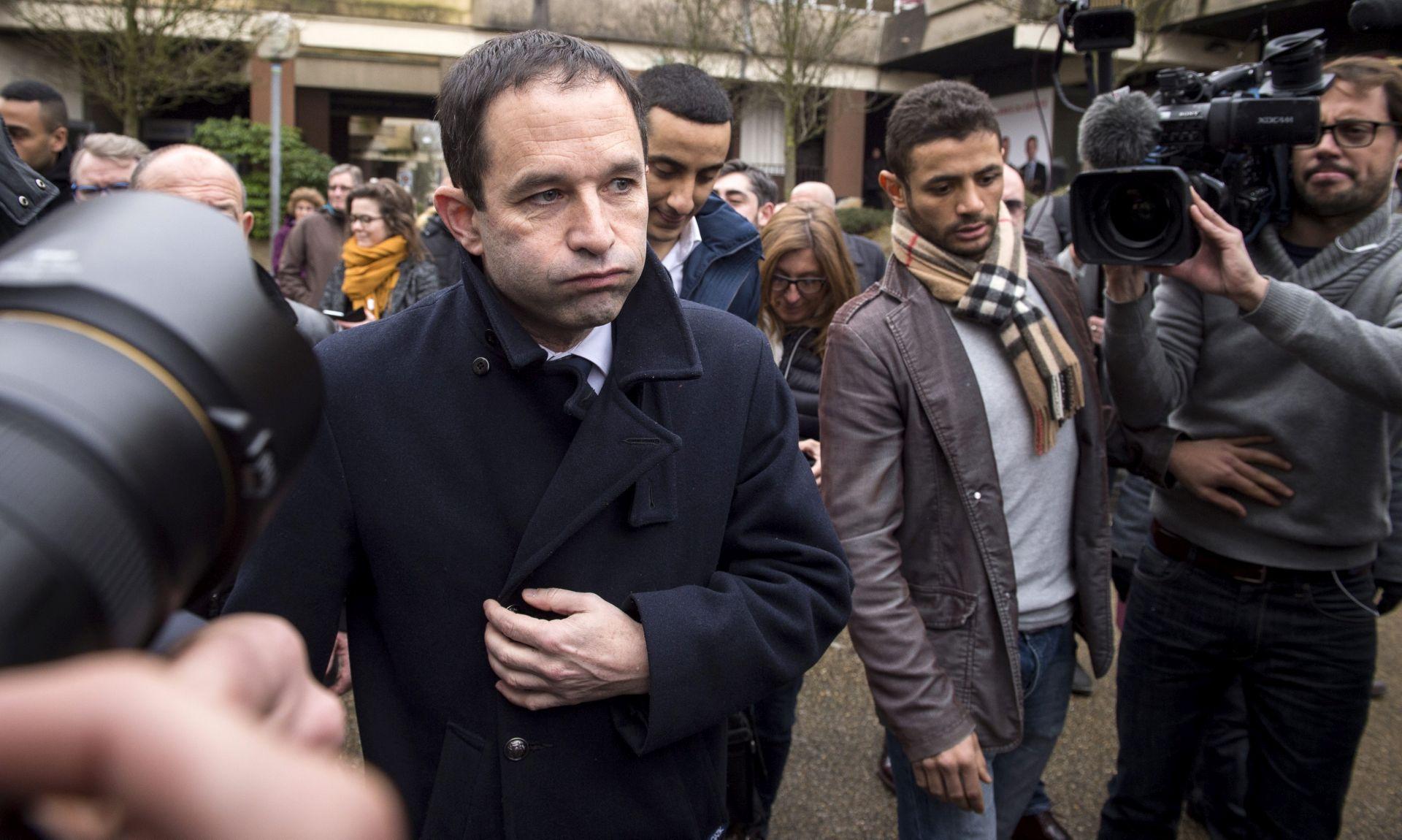 Francuski socijalisti izabrali Hamona za predsjedničkog kandidata