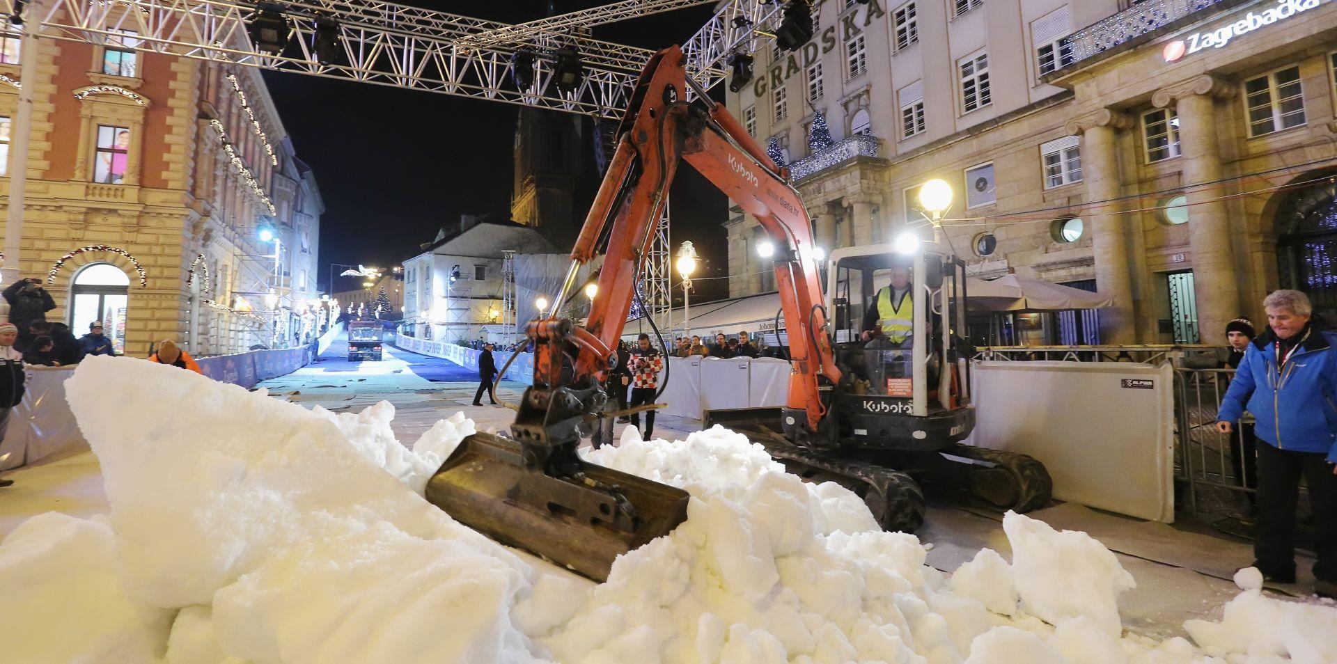 VIDEO: Počelo uređenje skijaške staze od katedrale od Trga bana Jelačića