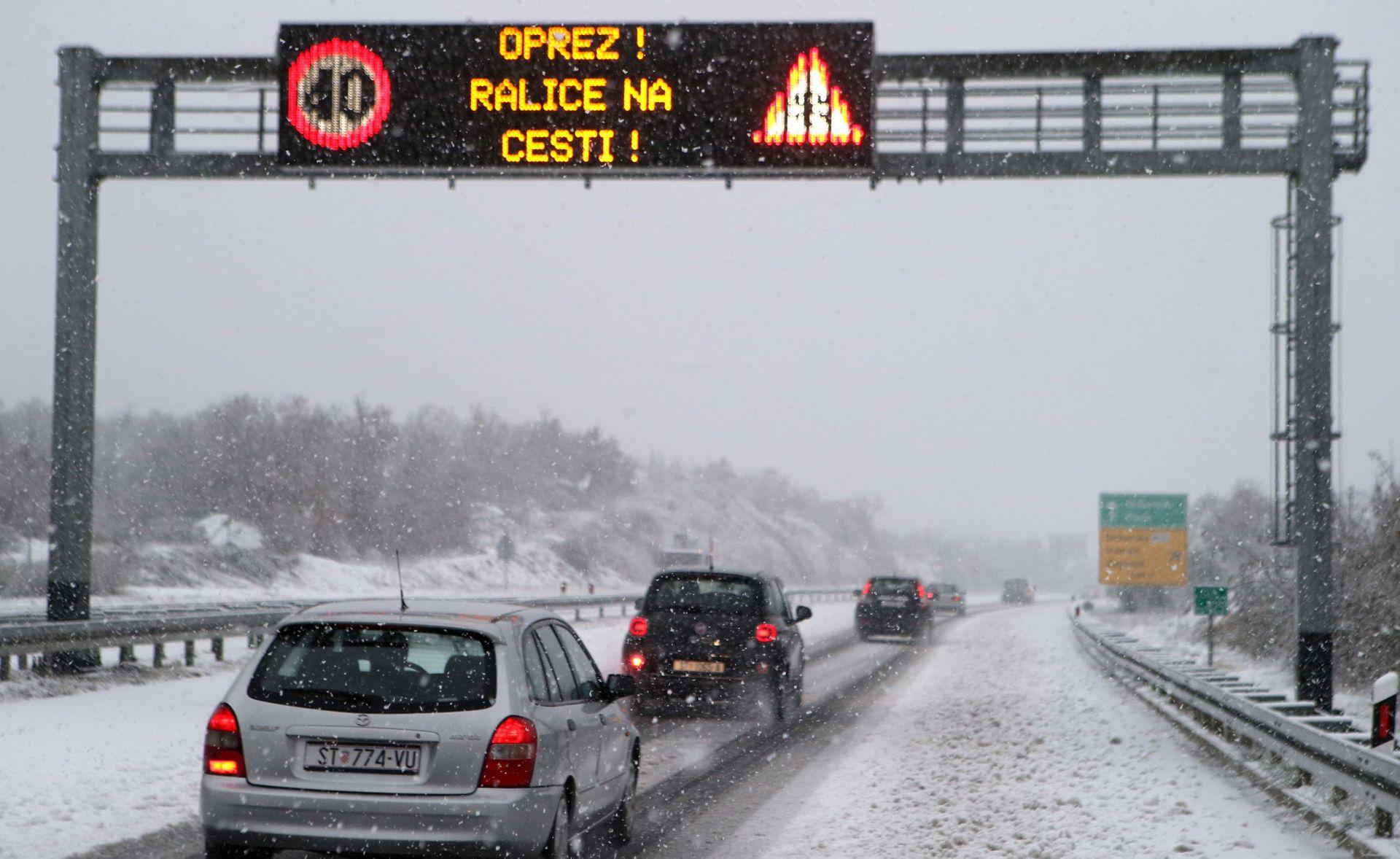 HAK Zatvorena A1 između Sv. Roka i Posedarja
