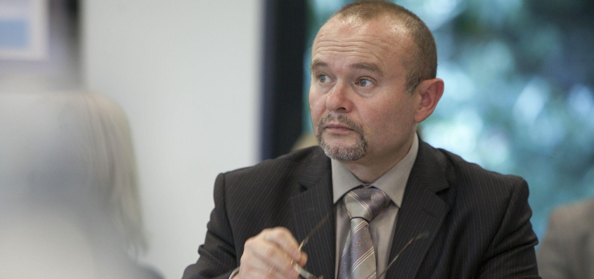 Škrlec piše Tolušiću tražeći zabranu ubijanja životinja
