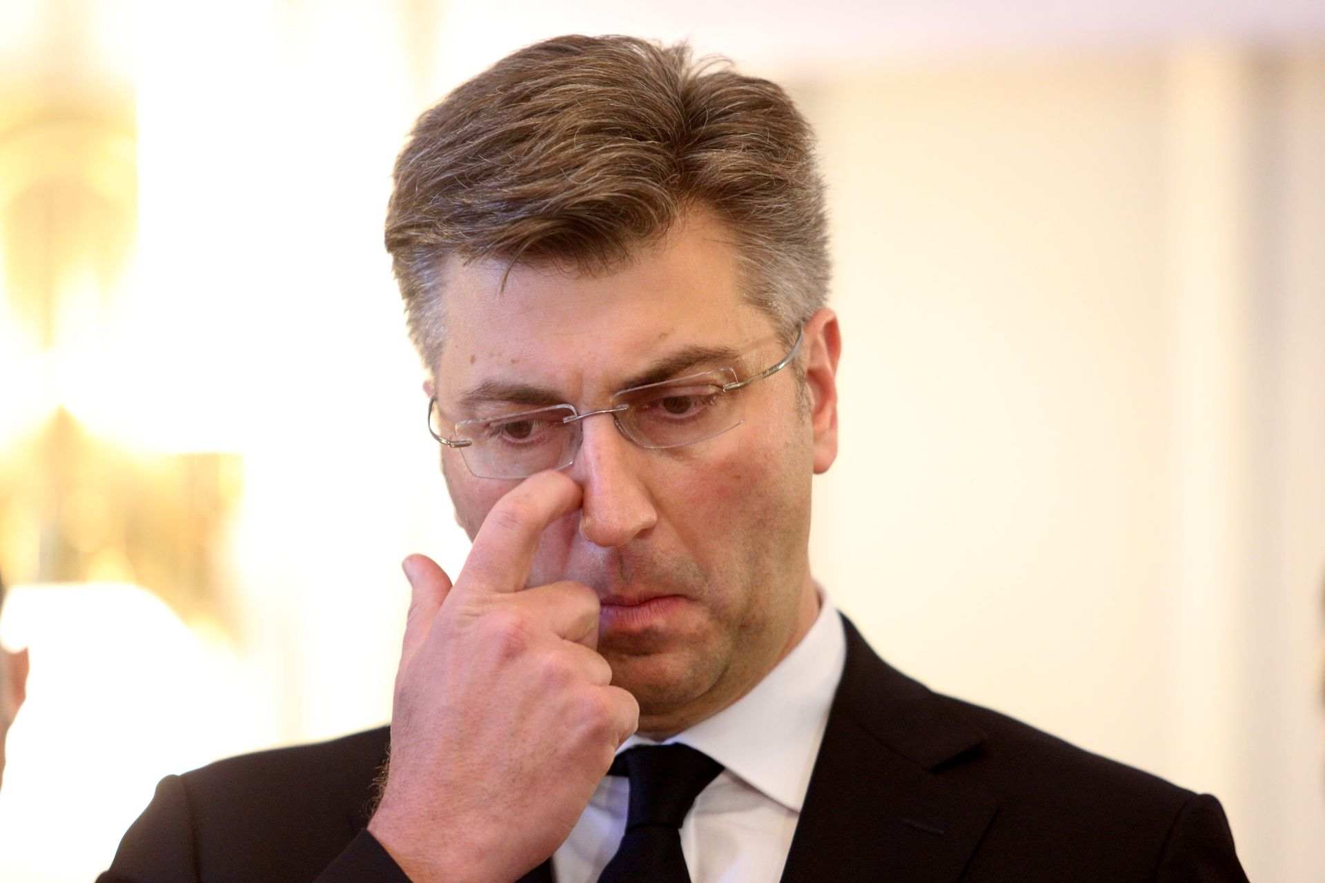 """PLENKOVIĆ NA TWITTERU """"Sjest ćemo s predstavnicima studenata"""""""