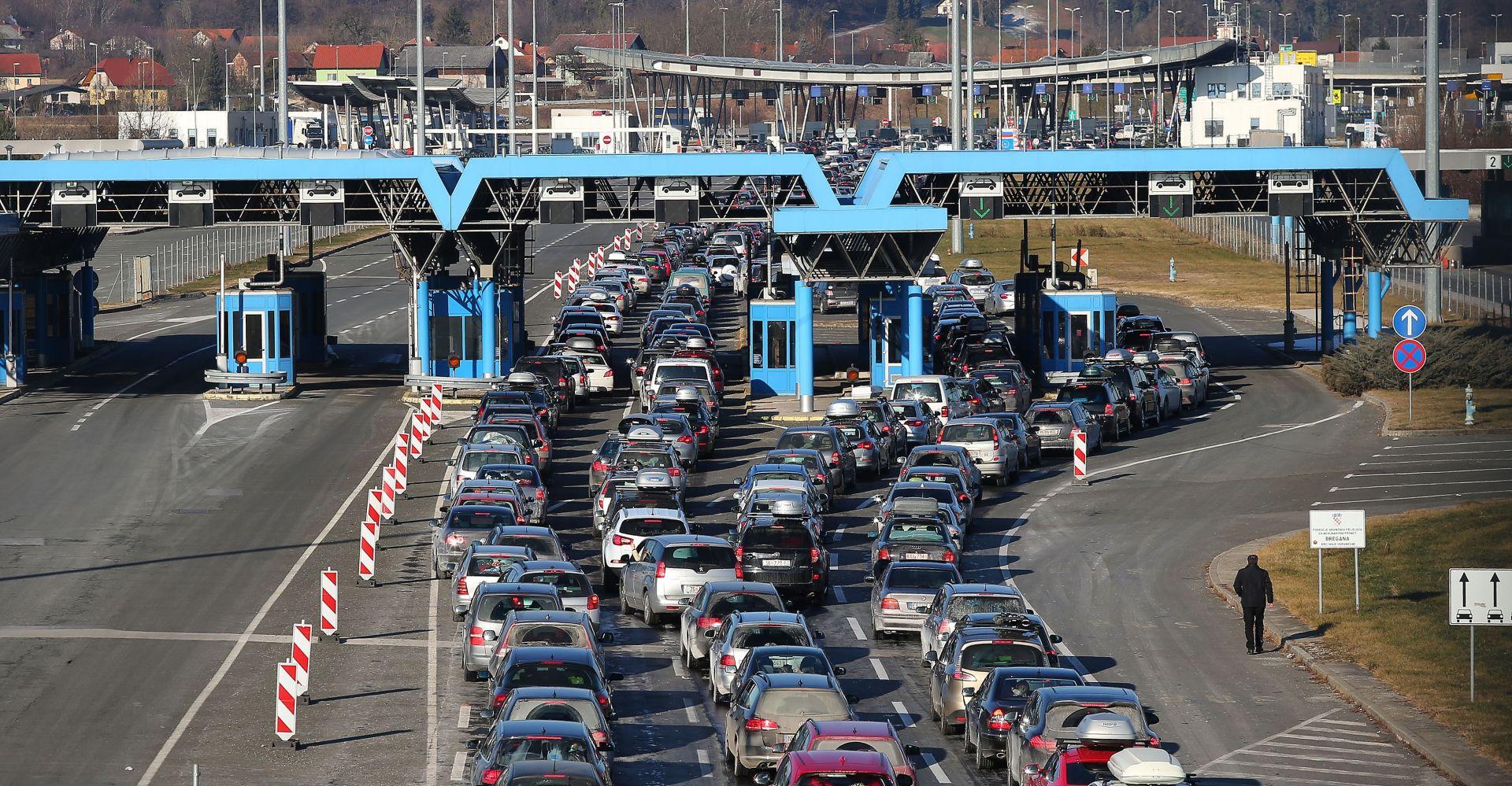 HAK Promet vrlo gust na A3, kolona prema Bregani 4km, jak vjetar i zimski uvjeti na cestama
