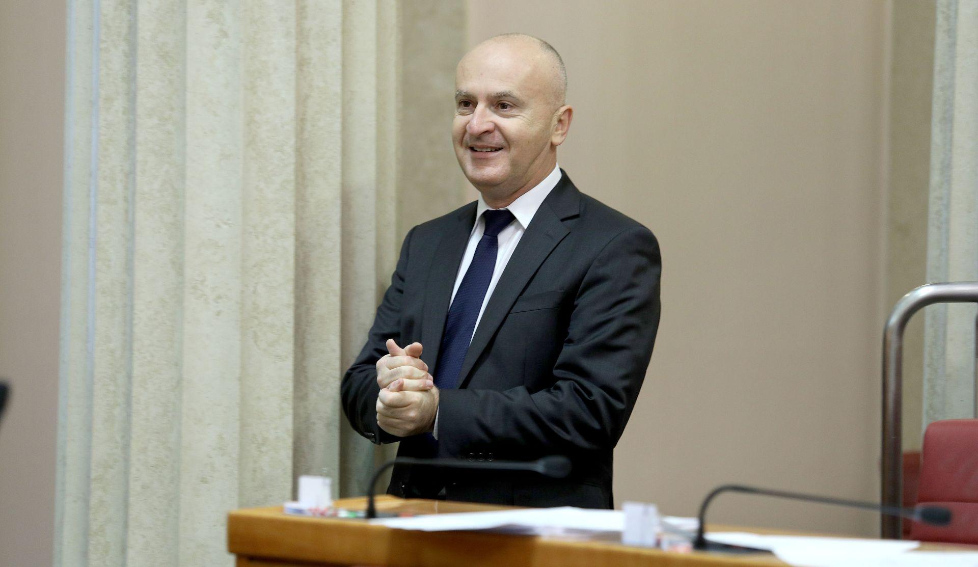 """MATIĆ """"Neki čuvari u logoru prema meni su se ponašali bolje nego dio Predsjedništva SDP-a"""""""
