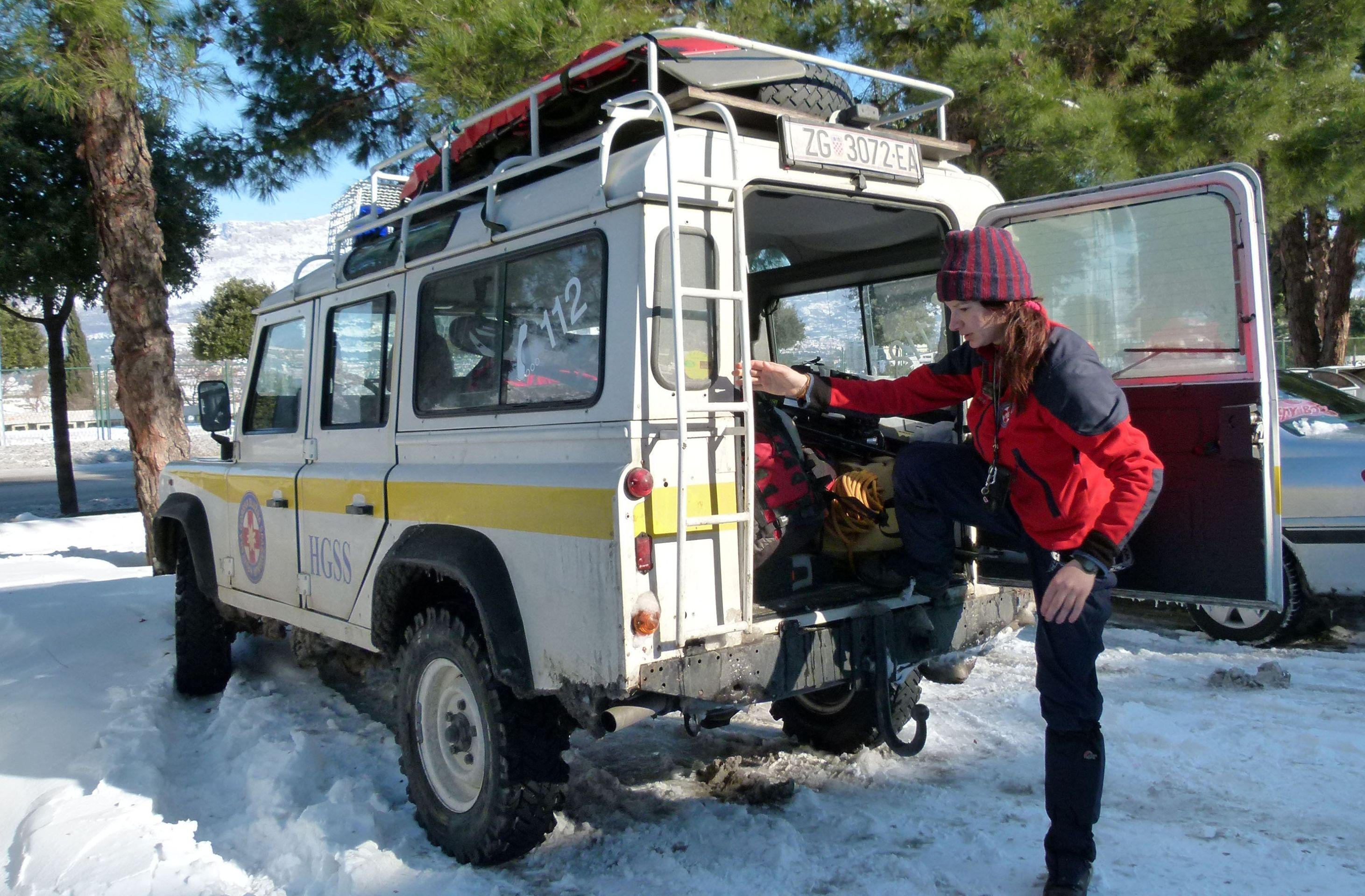 HGSS uvježbava spašavanje osobe koja je propala kroz led u vodu