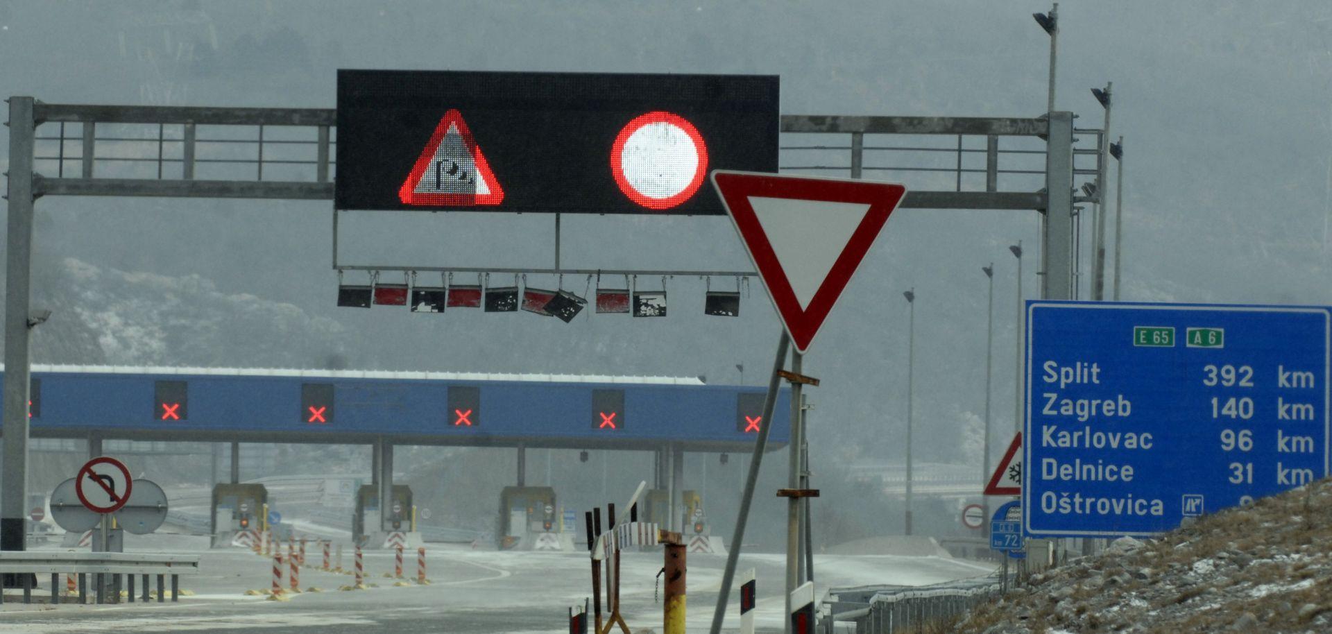 HAK Slab snijeg u Lici i Gorskom kotaru, olujni vjetar otežava promet