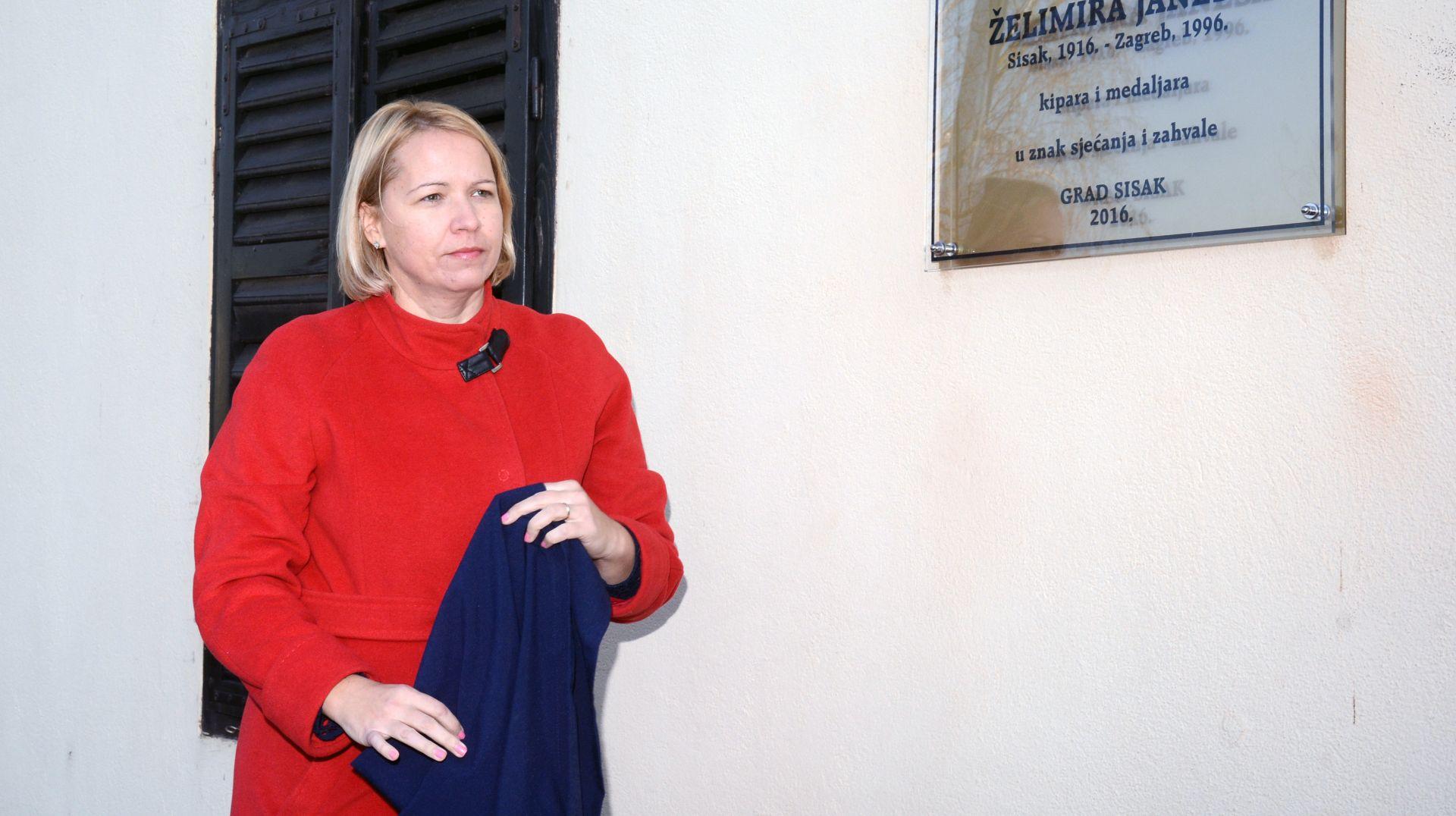 SISAK Stožer za obranu Rafinerije kod župana i gradonačelnice- protiv odvoza nafte iz Siska