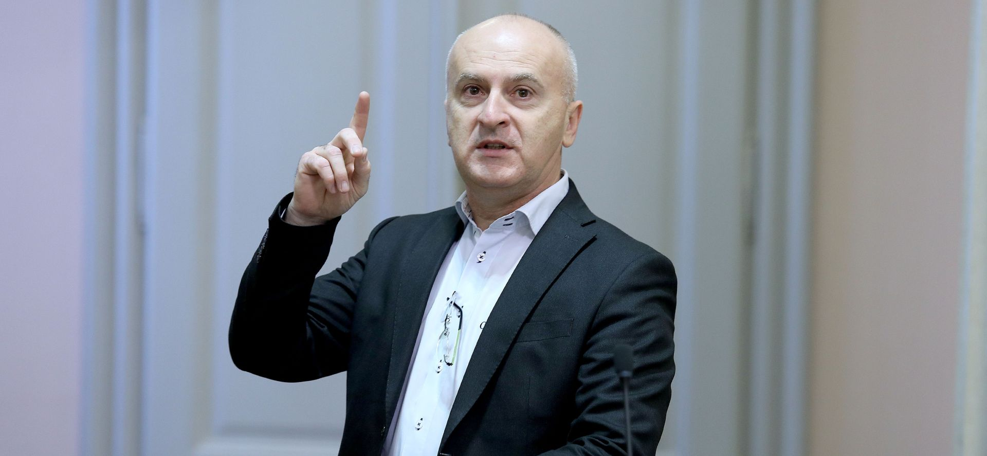 MATIĆ ŽELI BITI ZAGREBAČKI GRADONAČELNIK 'Prije bih prošao kao nezavisni nego s ovakvim SDP-om'