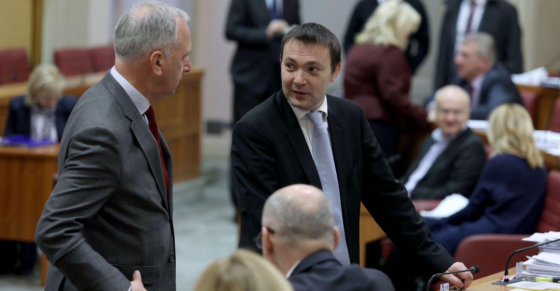 """BAUK """"Na stolu je opcija izglasavanja povjerenja Pavi Barišiću"""""""