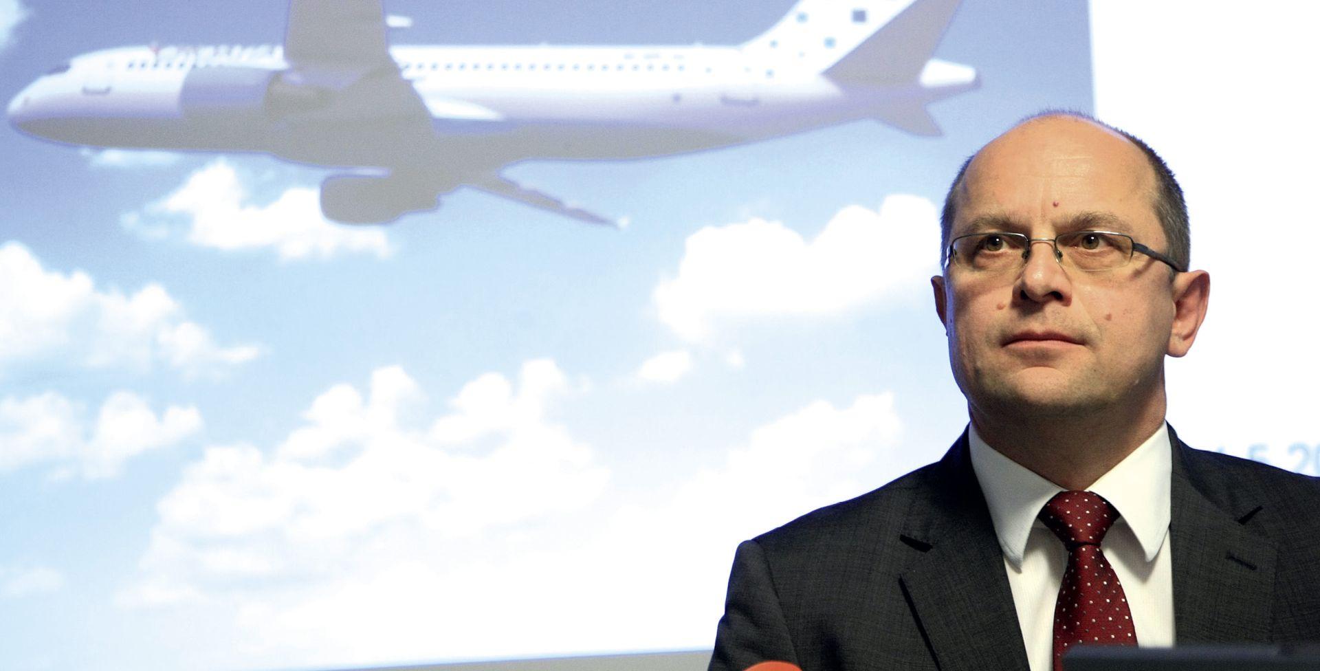Uprava Croatia Airlinesa slotove na Heathrowu prodala je višestruko ispod cijene