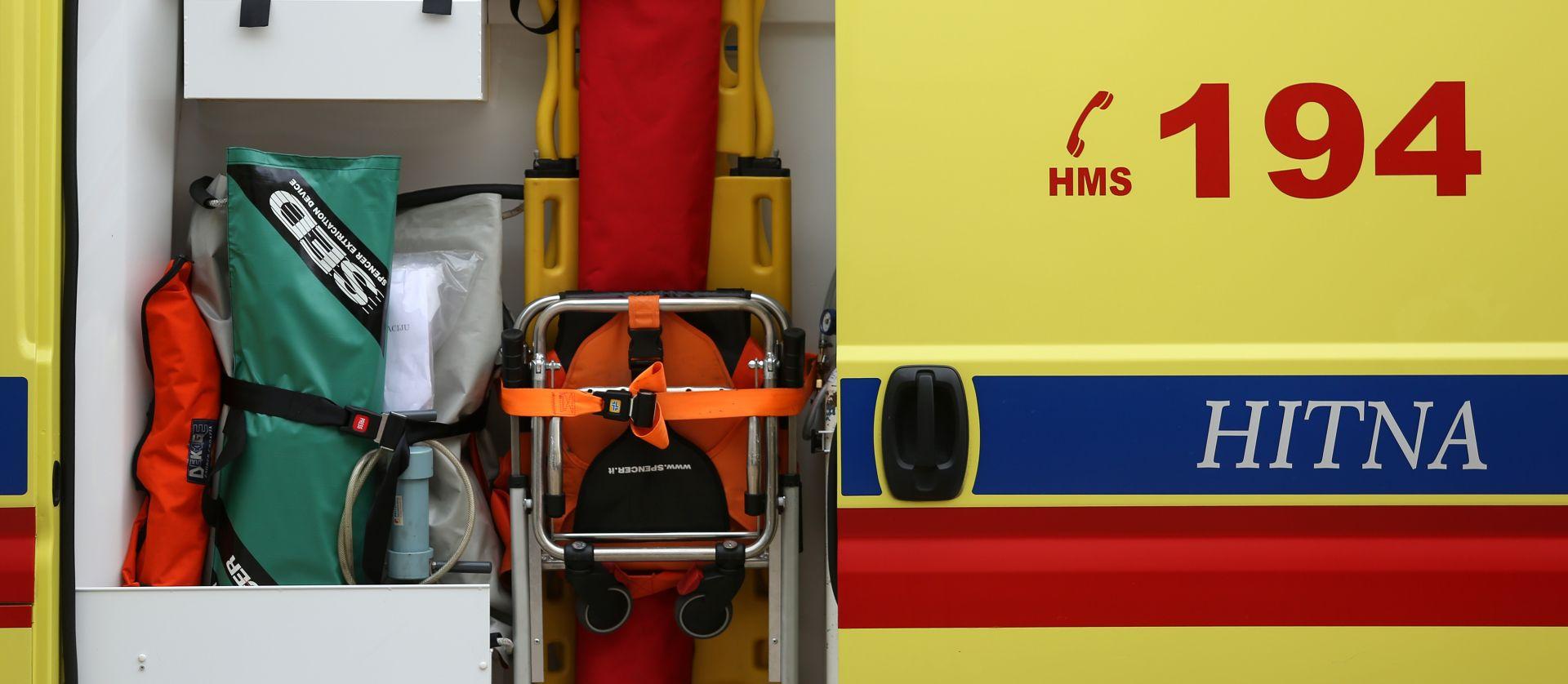 BENKOVAC Trinaestogodišnjak s posebnim potrebama pao s trećeg kata zgrade, teško je ozlijeđen