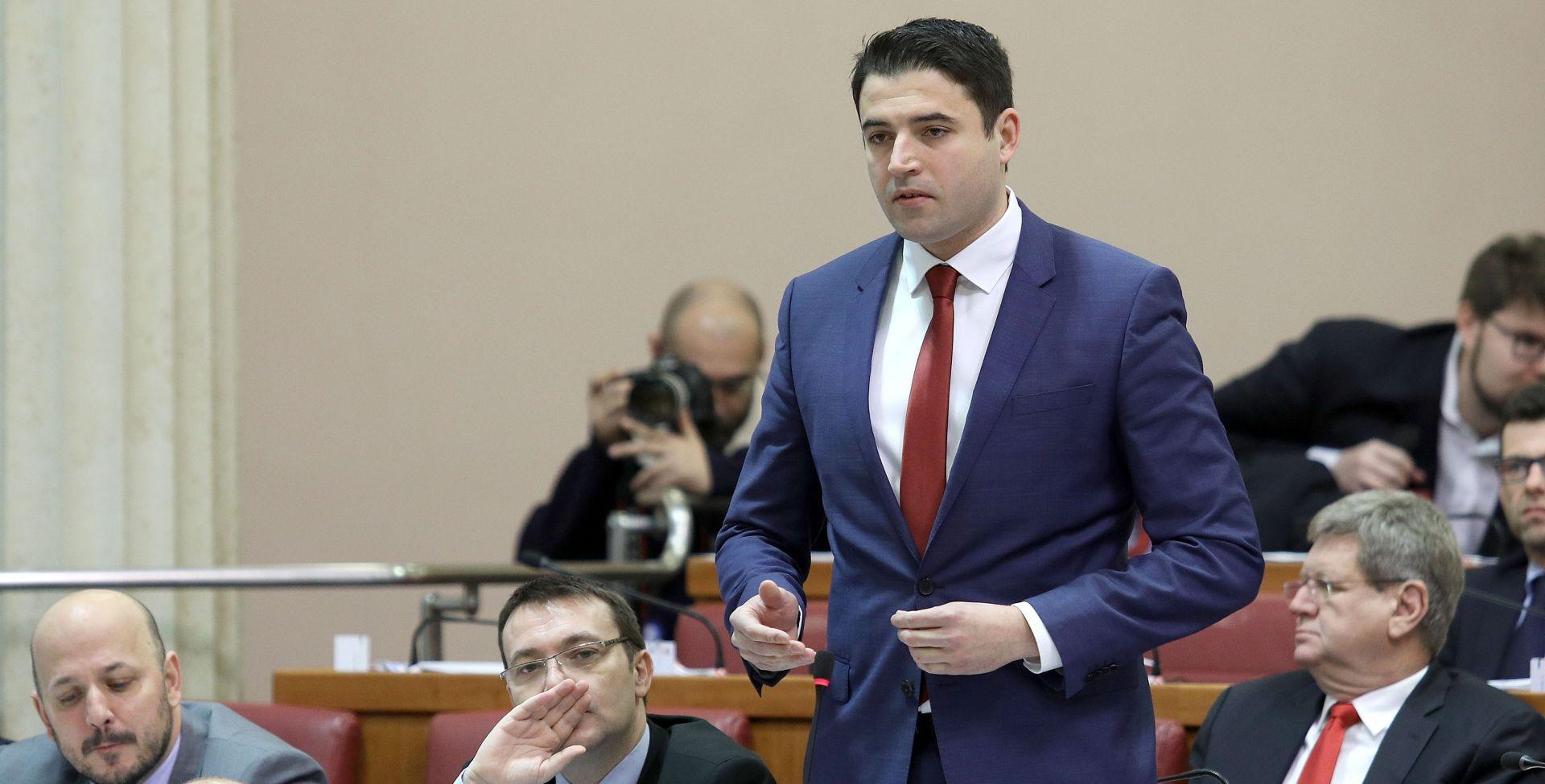 """BERNARDIĆ PREMIJERU """"Bojim se da nam ne govorite sve, sumnjamo na tajni plan HDZ-a i Mađara"""""""