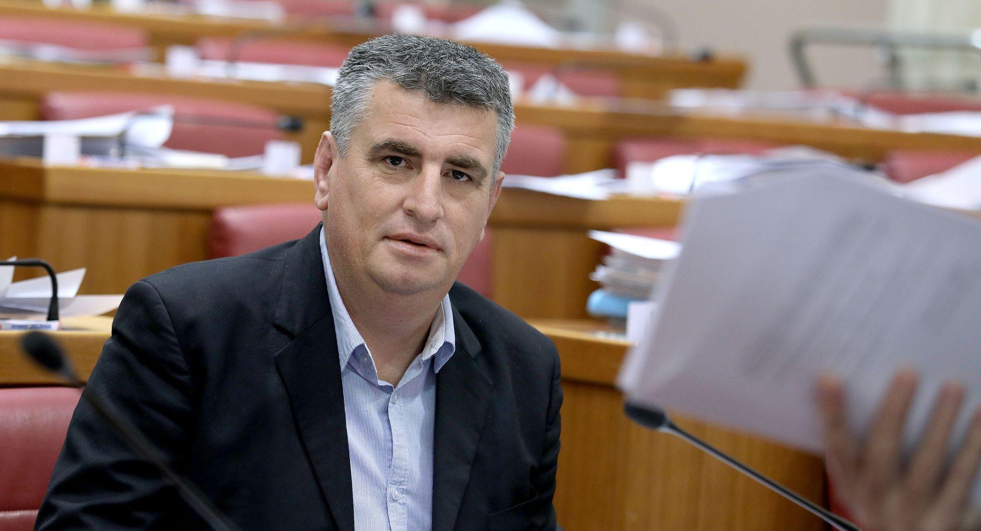 Bulj ustrajao: 'Skinite mi imunitet'