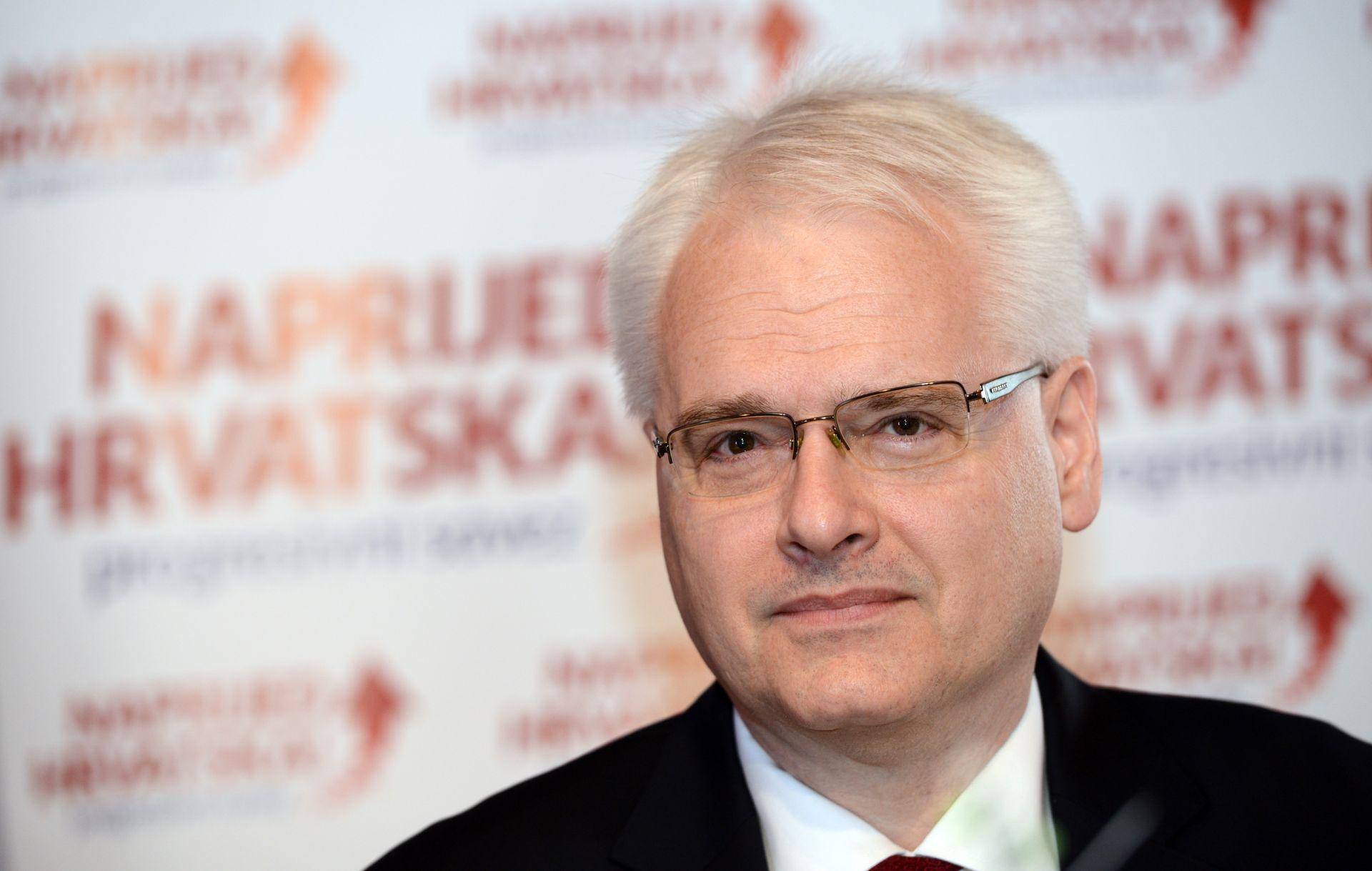 GOST KOLUMNIST: IVO JOSIPOVIĆ Remake Snjeguljice kao politička bajka