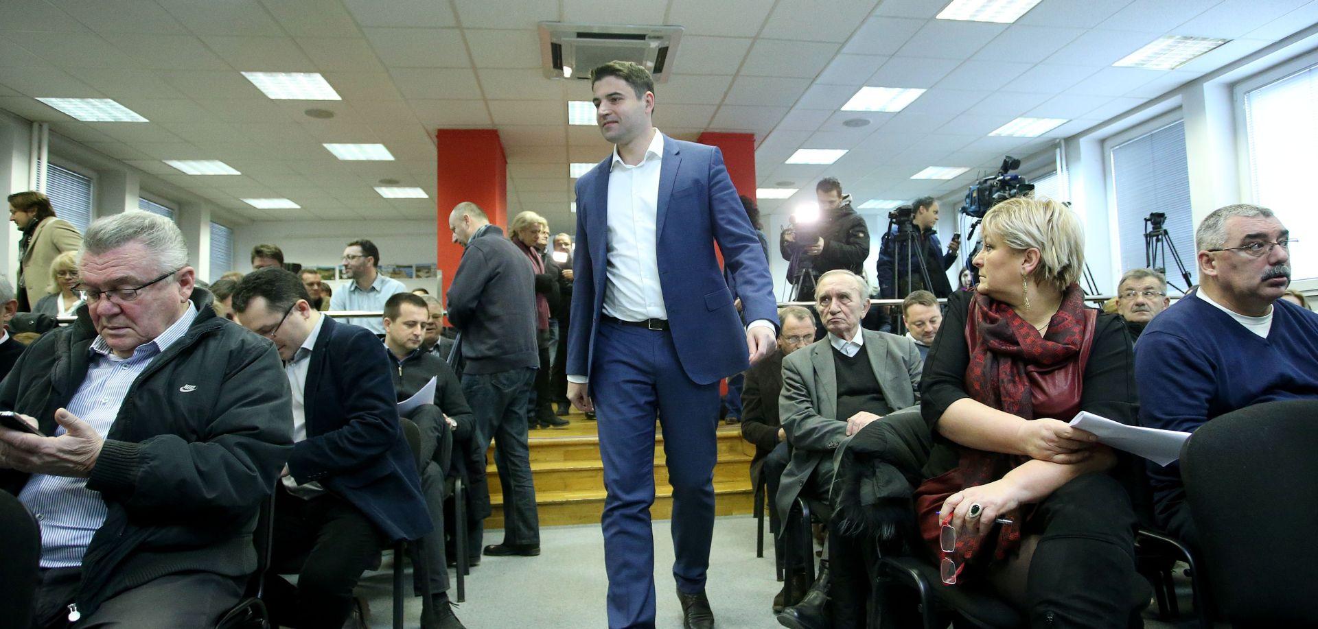 SDP: Odluka o članarini – zastupnici od 1000 do 1300 kuna, EU zastupnici 3000 kuna