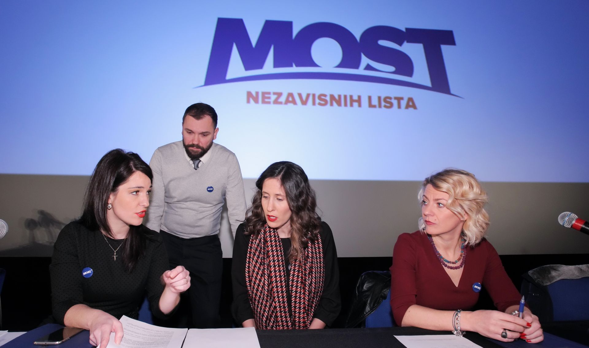 Započeo izborni sabor Mosta