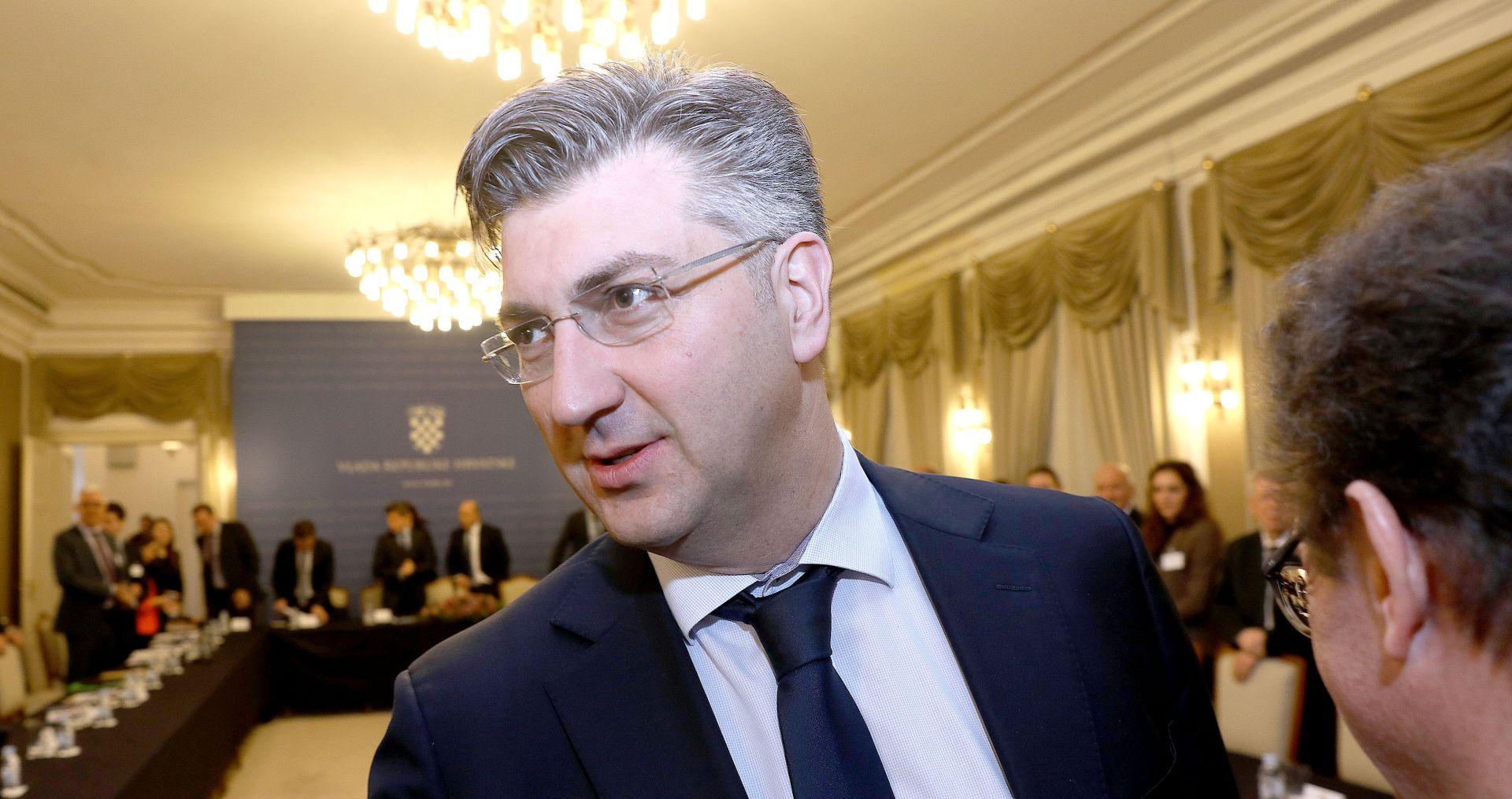 ANDREJ PLENKOVIĆ 'Novo povjerenstvo odražava pluralistički stav i duh'