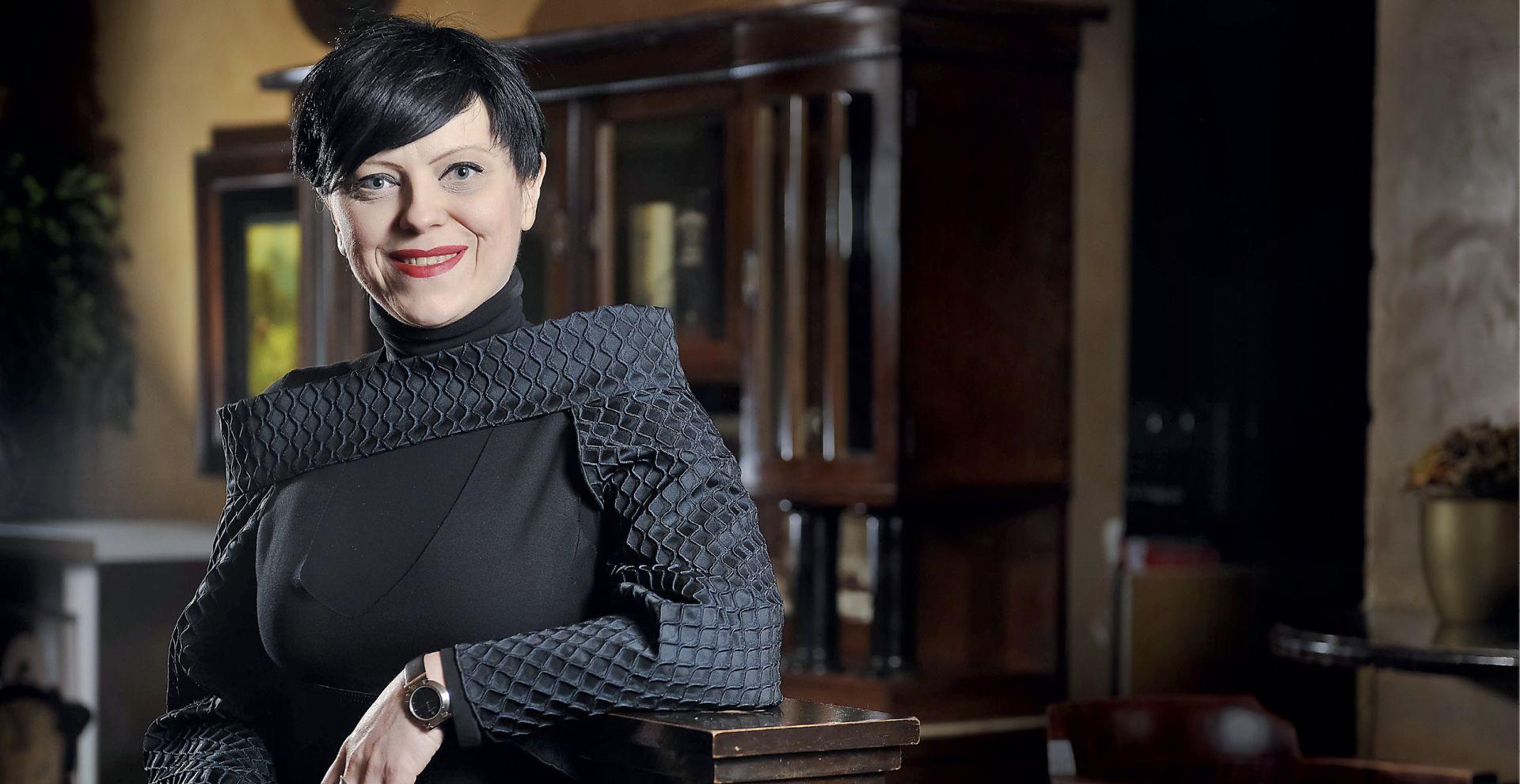 INTERVIEW: MIRELA HOLY 'Odbila sam Davora Bernardića jer u mom životu sada nema politike'