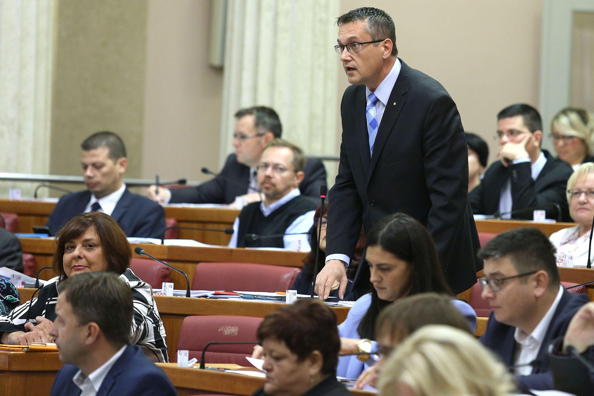 BEUS RICHEMBERGH: HNS pokreće opoziv ministra Barišića