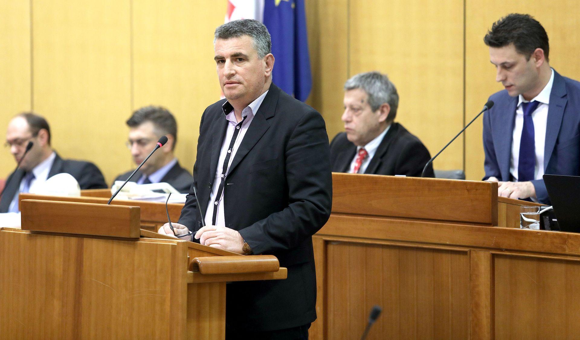 MIRO BULJ: 'Zaustavite izgradnju plinske elektrane na Cetini'