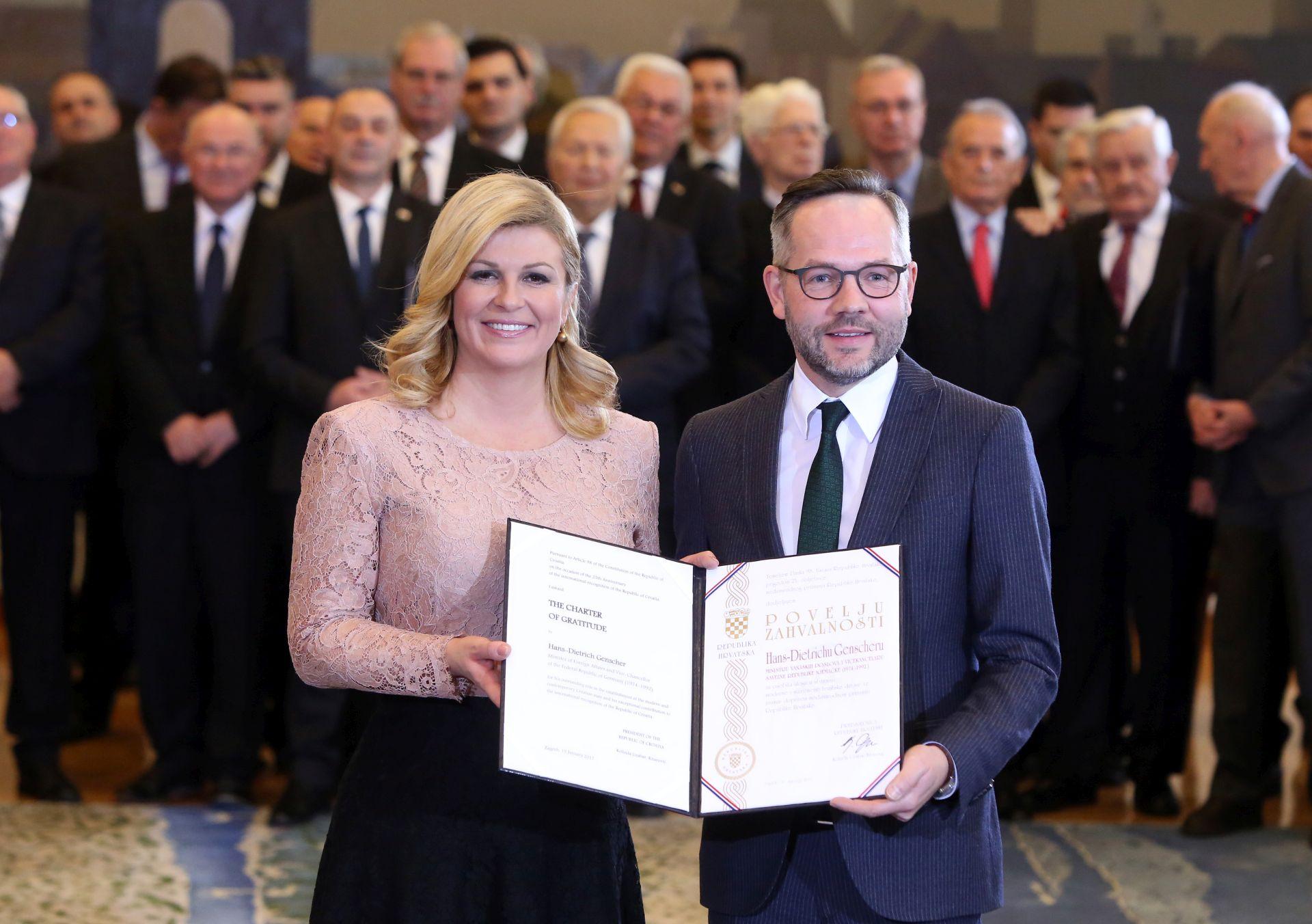 """NJEMAČKI DUŽNOSNIK: Hrvatska treba biti jači """"most"""" između EU-a i JI Europe"""