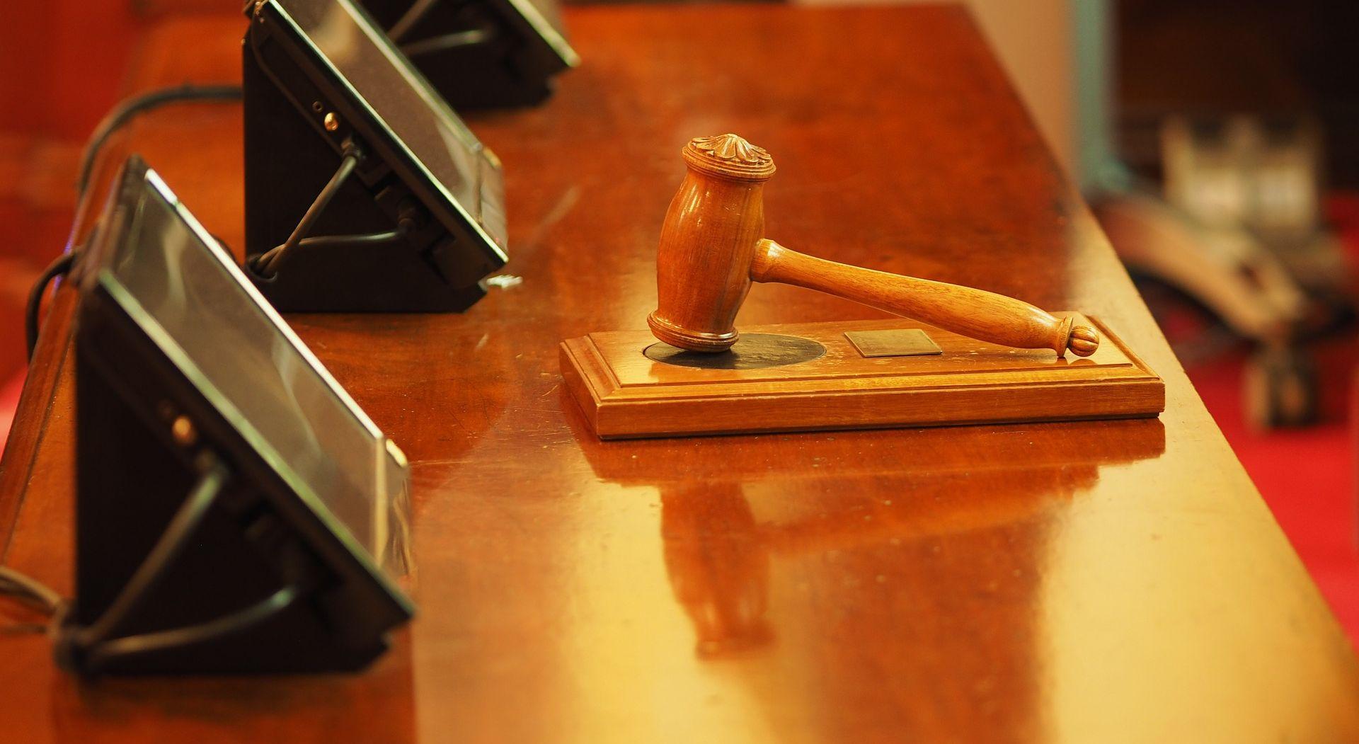 PRIJETIO LIJEČNICIMA Potvrđena optužnica protiv Dragana Dolenca