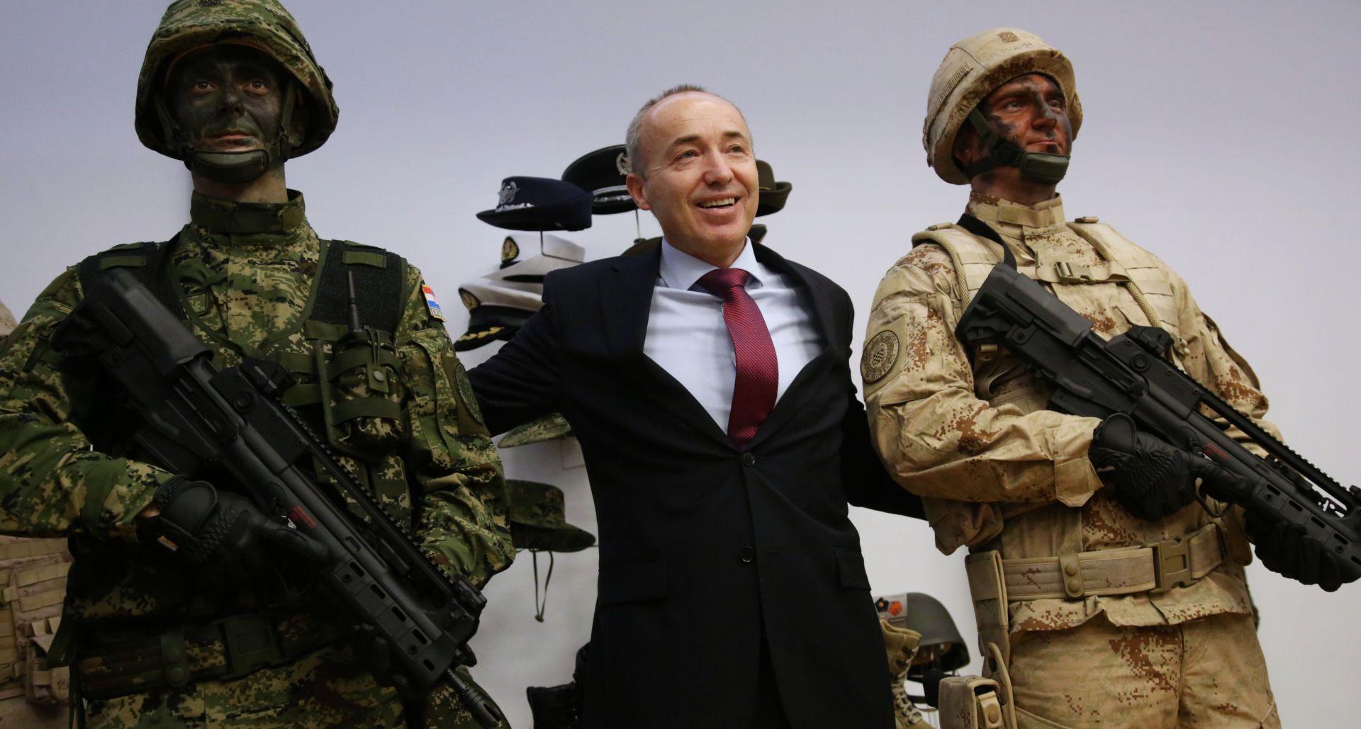 MORH: Potpisani 230 milijuna kuna vrijedni ugovori s domaćim tvrtkama obrambene industrije