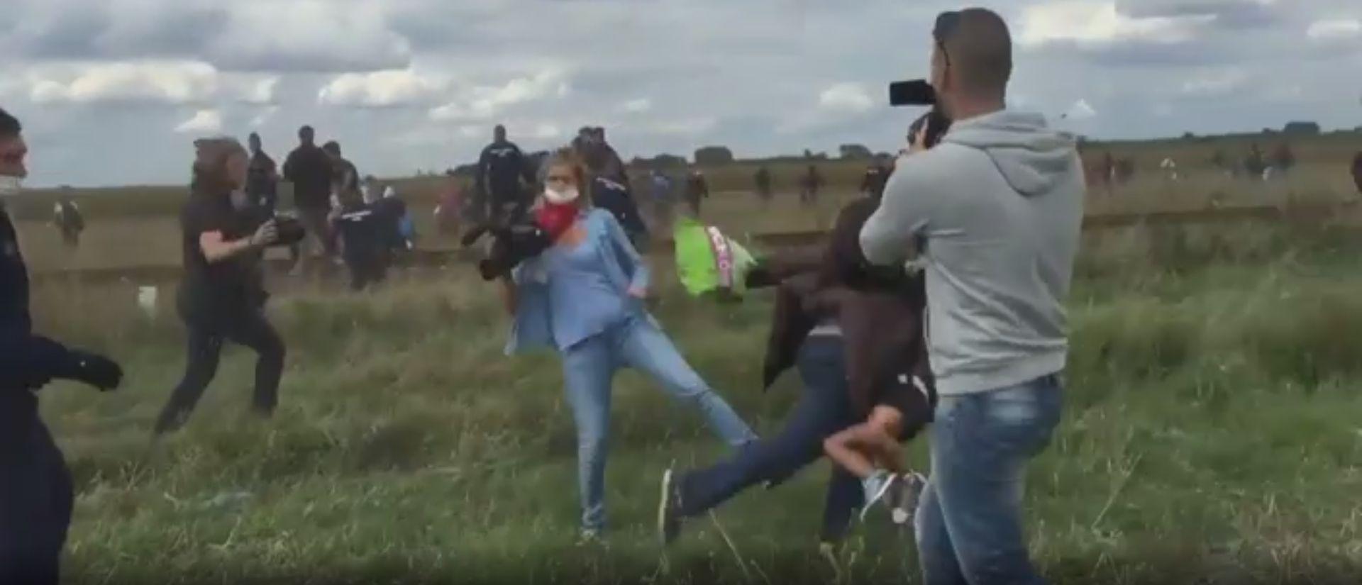 Mađarska snimateljica koja je udarala migrante osuđena uvjetno na tri godine
