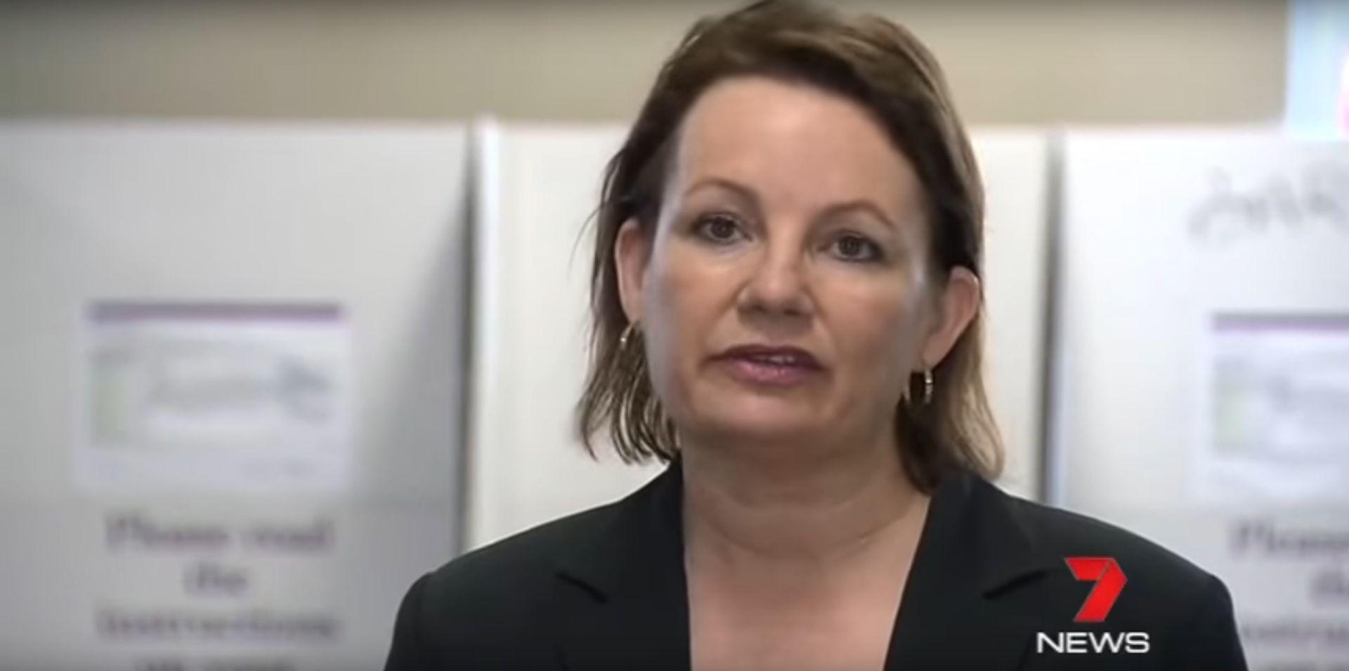 Australska ministrica podnijela ostavku jer je iz proračuna platila privatno putovanje