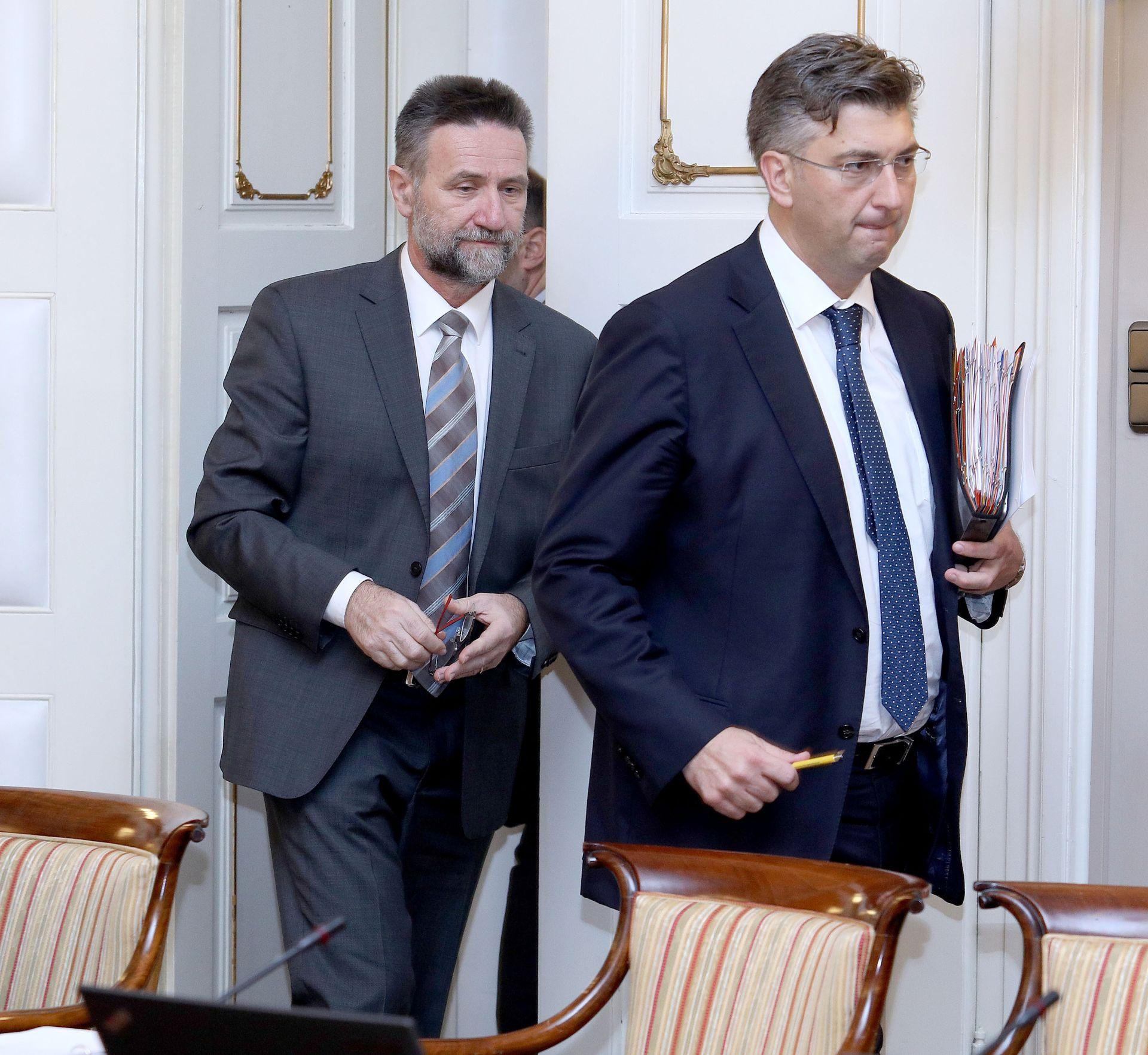Premijer Plenković i ministar Barišić primili trojicu akademika
