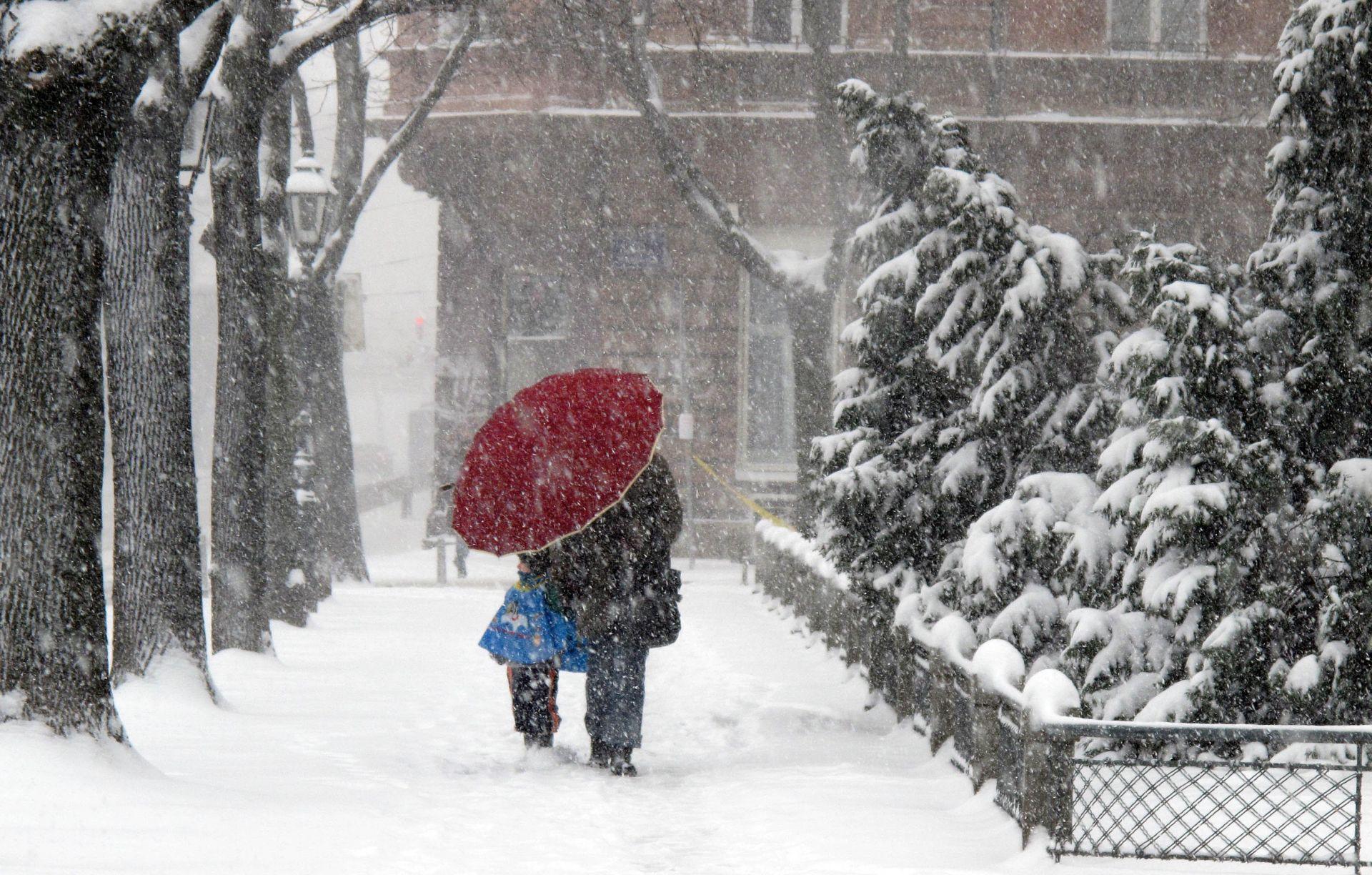 Još danas snijeg i ledena kiša, sutra porast temperatura