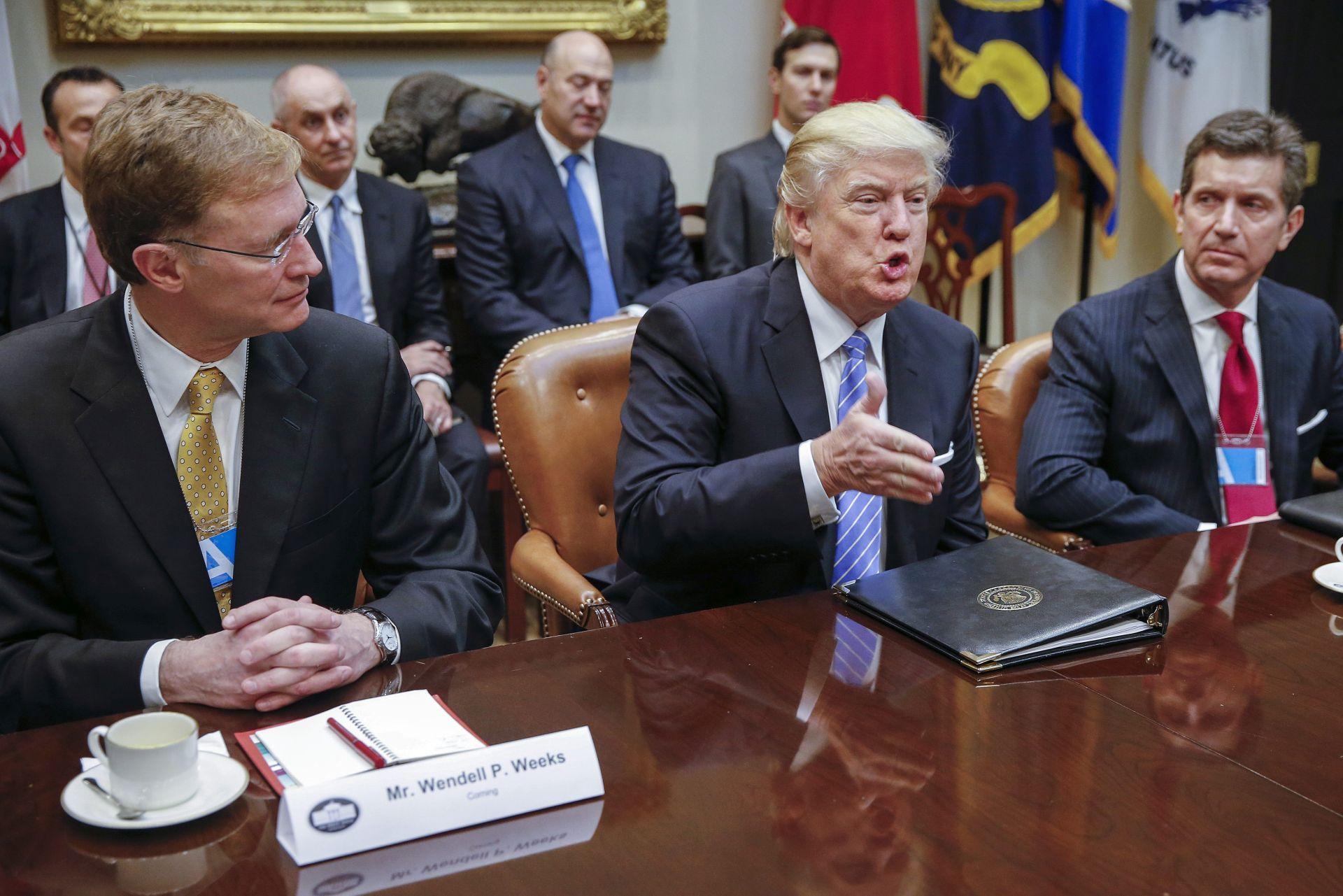 Trump povukao SAD iz pacifičkog trgovinskog ugovora
