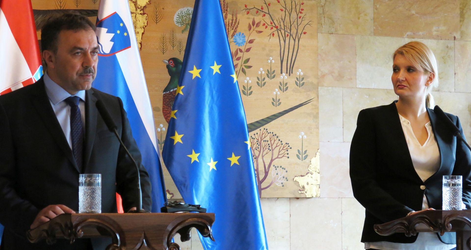 Slovenska ministrica smatra da je ženevska konvencija zastarjela