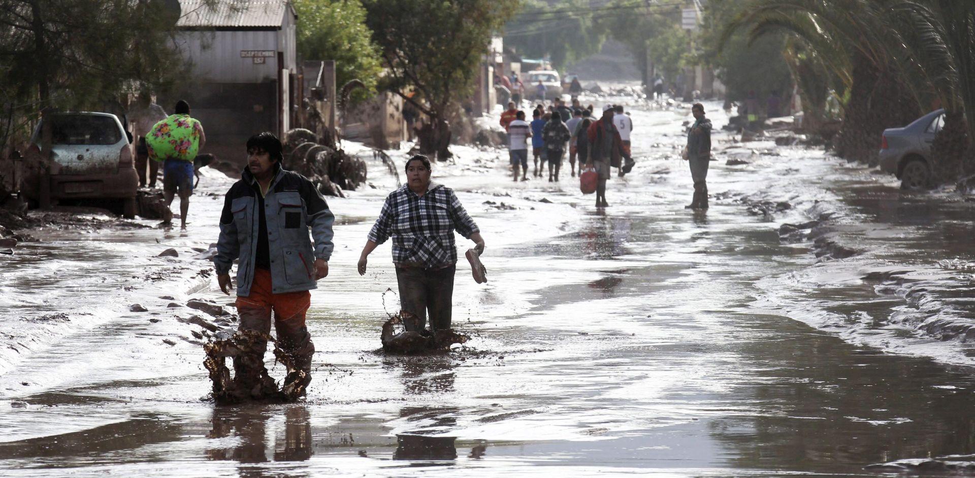 NEVRIJEME U ČILEU Četiri osobe poginule, milijuni bez pitke vode