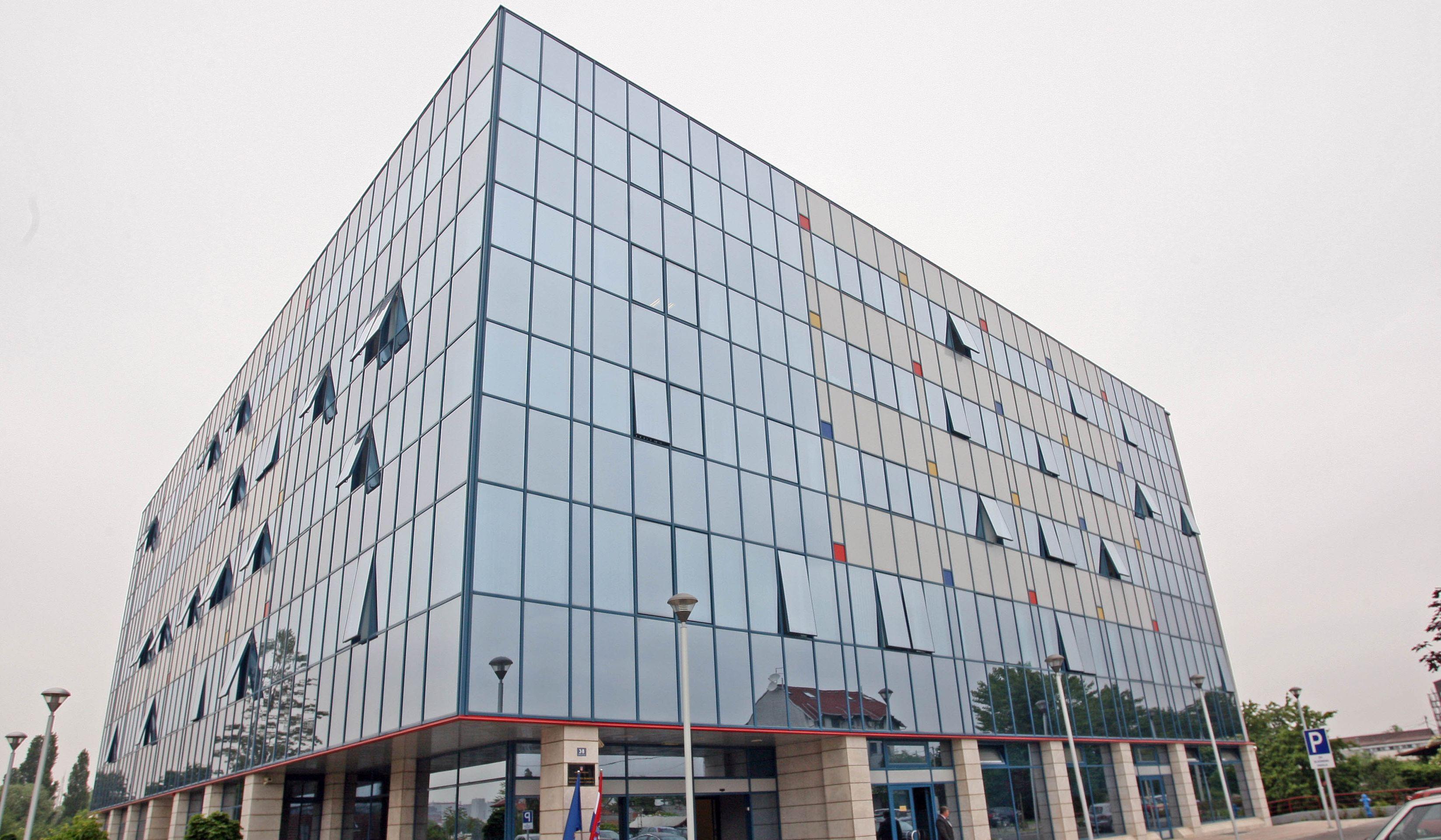 """MZO """"Školama poslana hitna uputa o suspenziji učitelja optuženog za spolno zlostavljanje djece"""""""