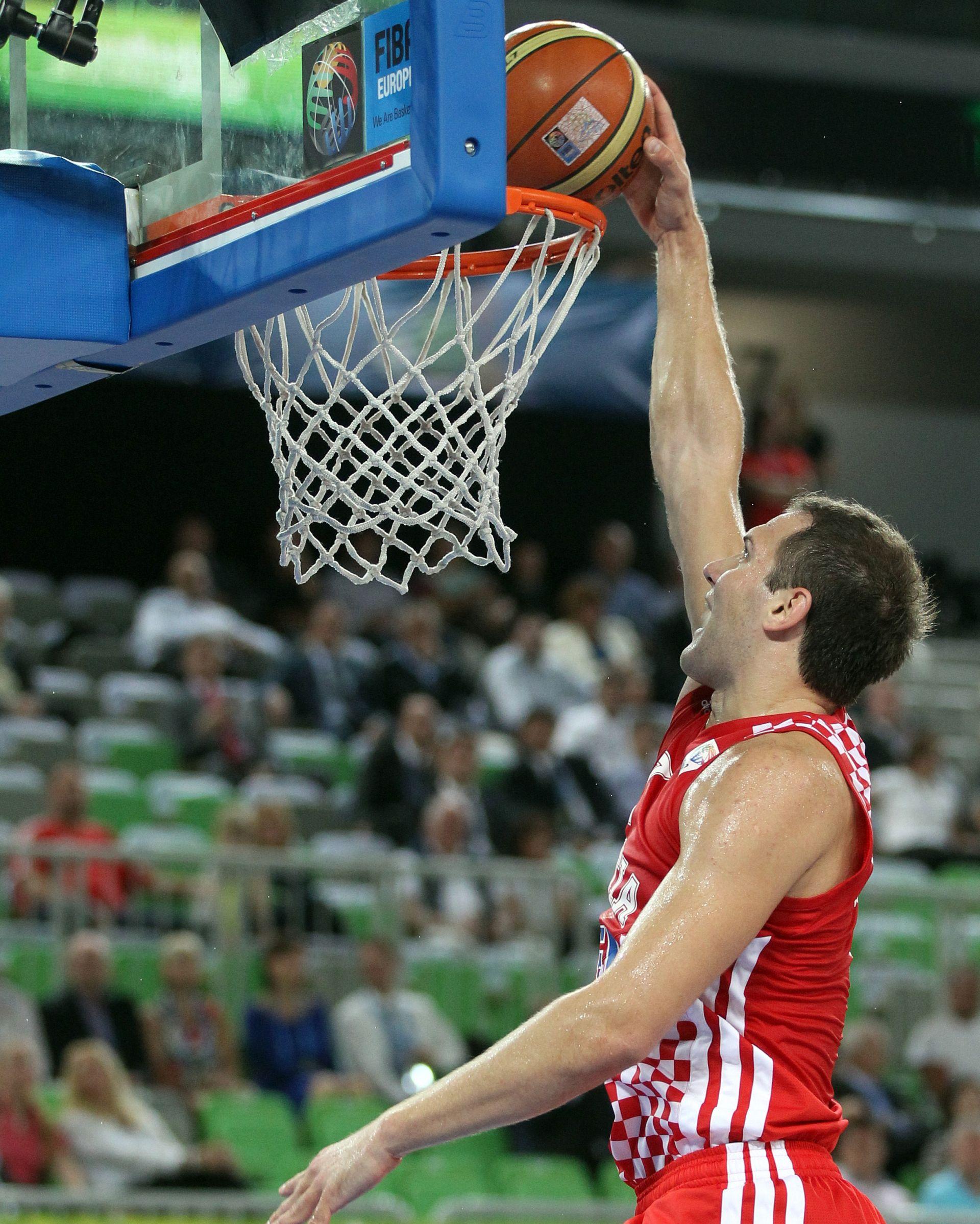 NBA Bogdanovićevih 15 koševa u gradskom derbiju