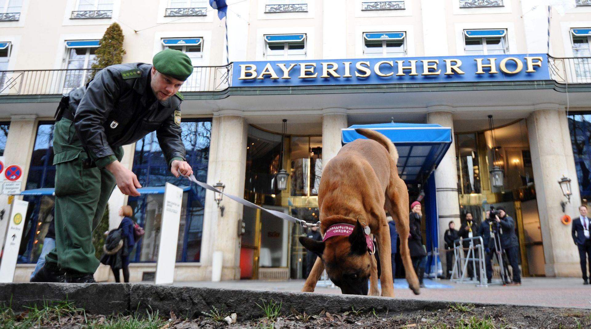 Merkel će sudjelovati na konferenciji o sigurnosti u Muenchenu