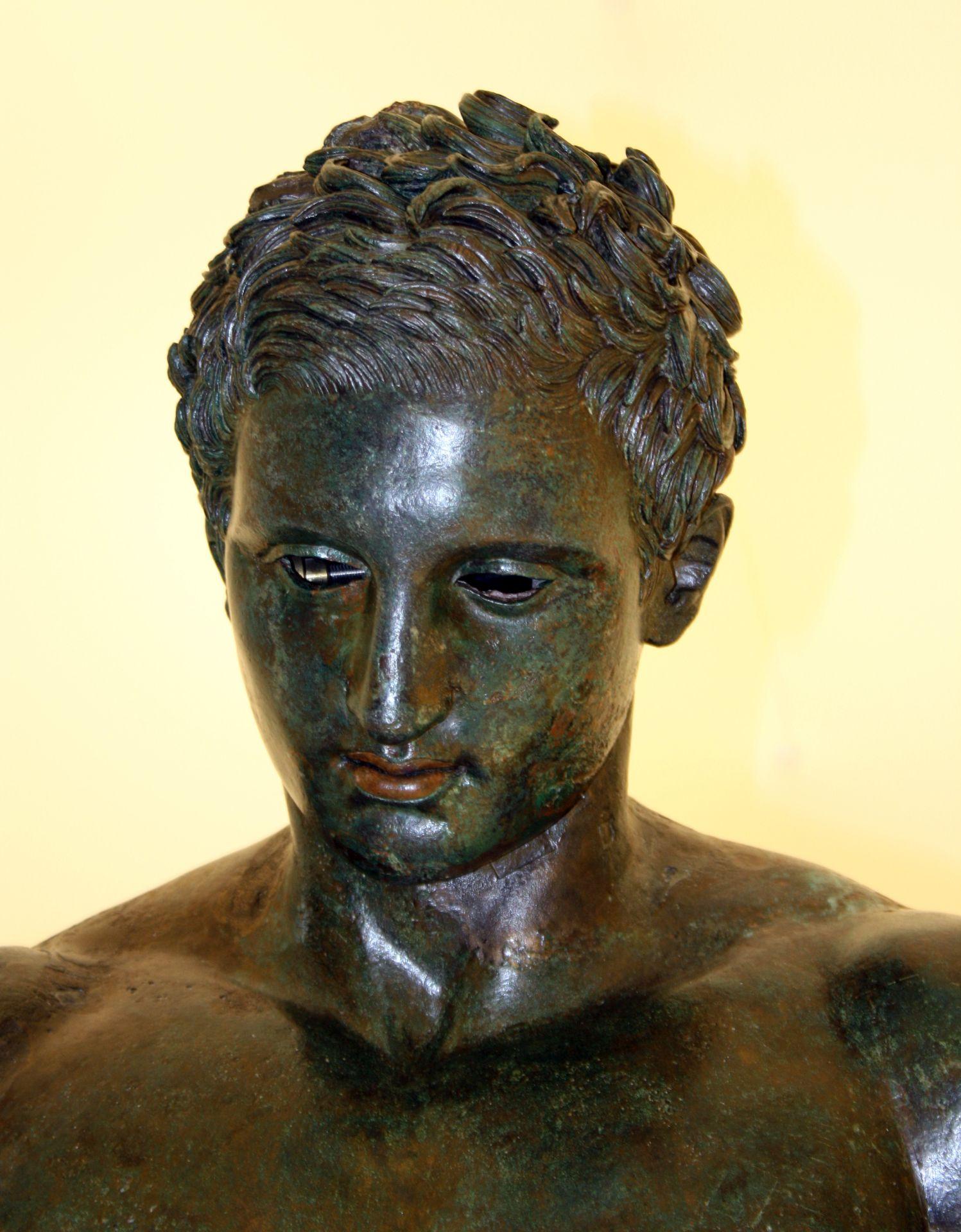 Brončana replika Apoksiomena na međunarodnoj izložbi u Firenci