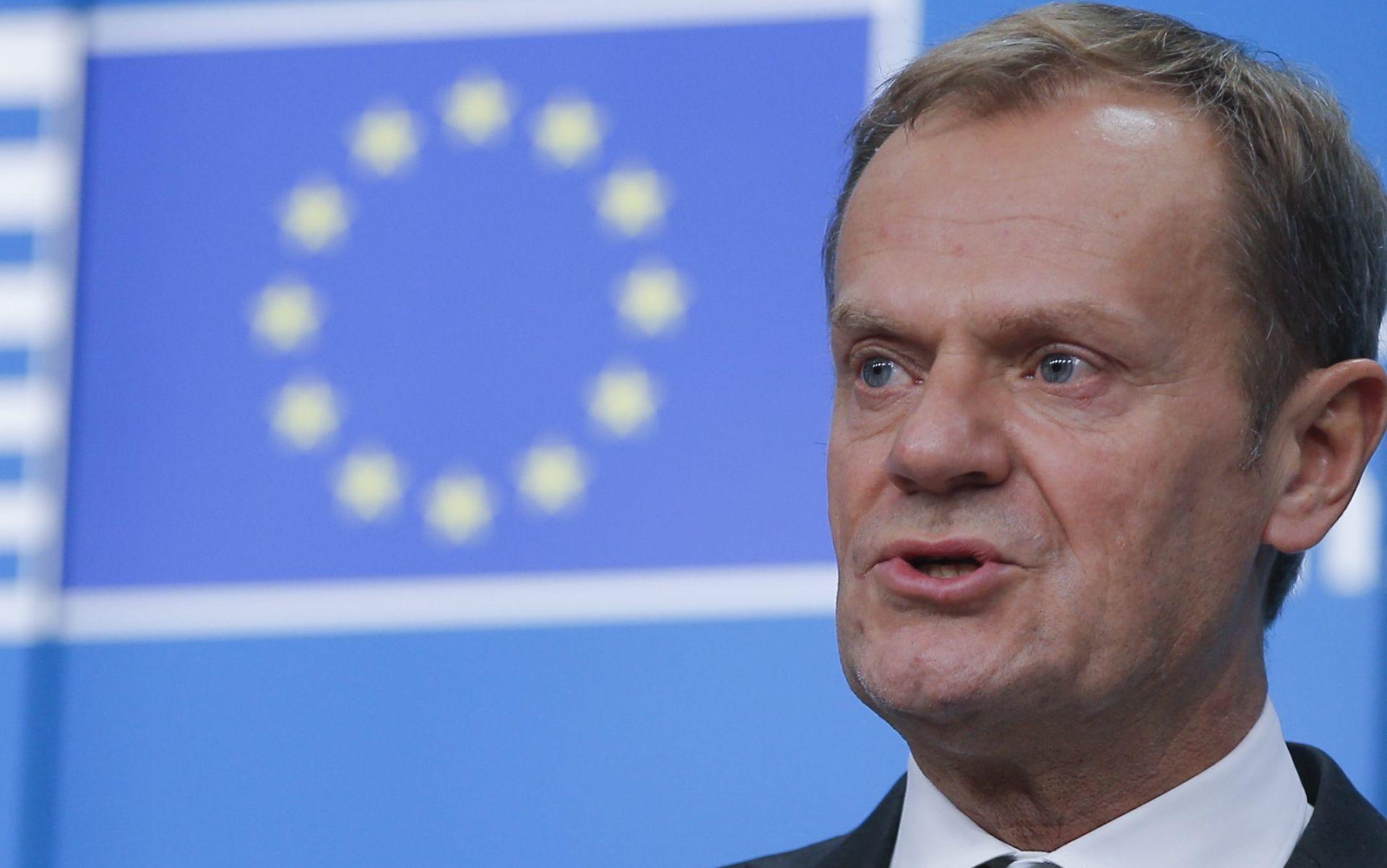 """TUSK """"Britanski političari odlaze, a problemi koje su uzrokovali ostaju"""""""