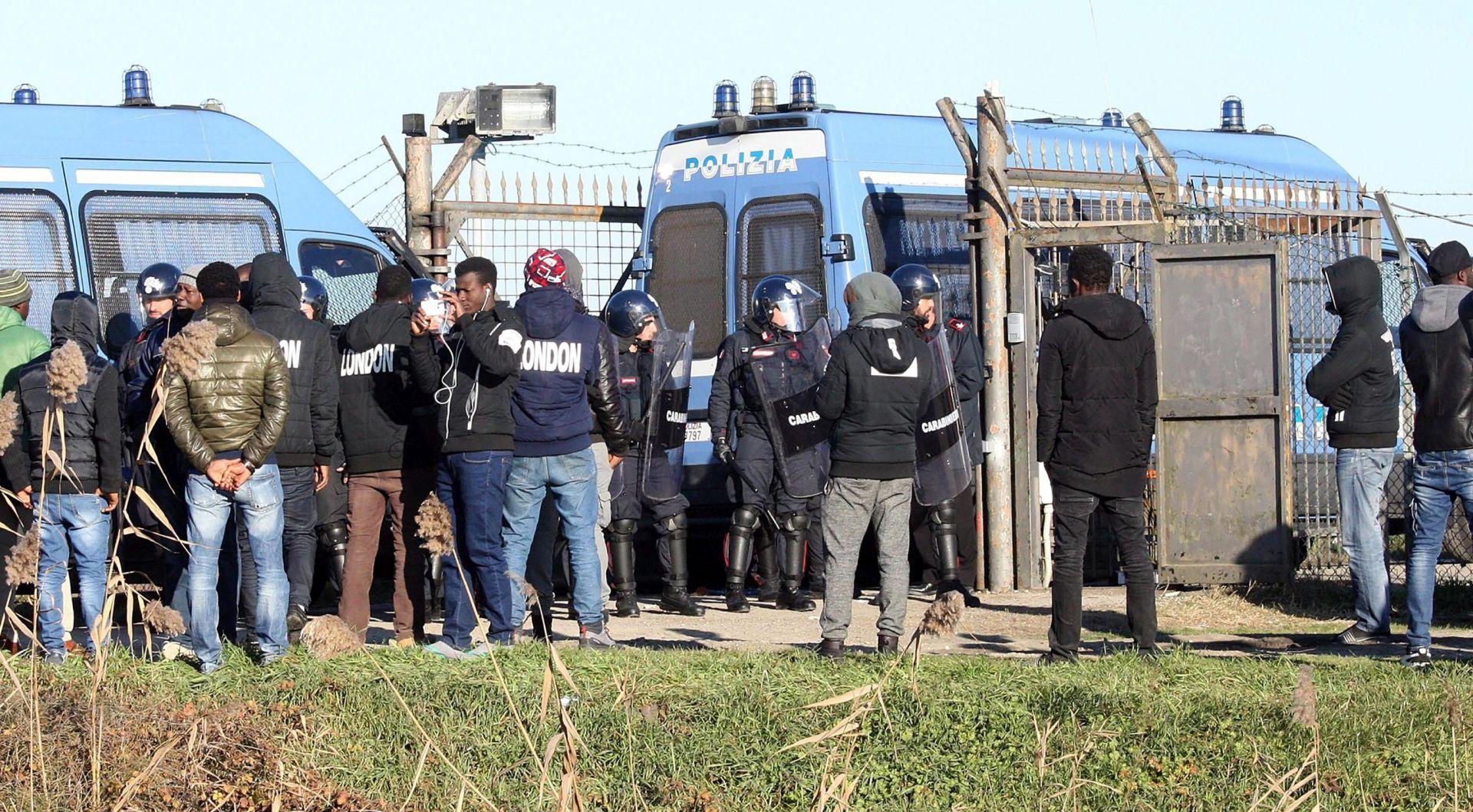 Talijanski ministar unutarnjih poslova najavio više deportacija migranata
