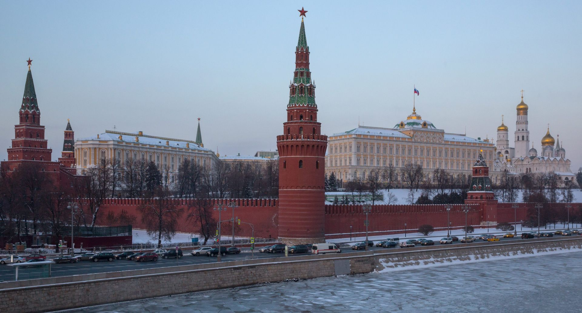 """KREMLJ """"SAD nastoje regrutirati ruske državljane"""""""