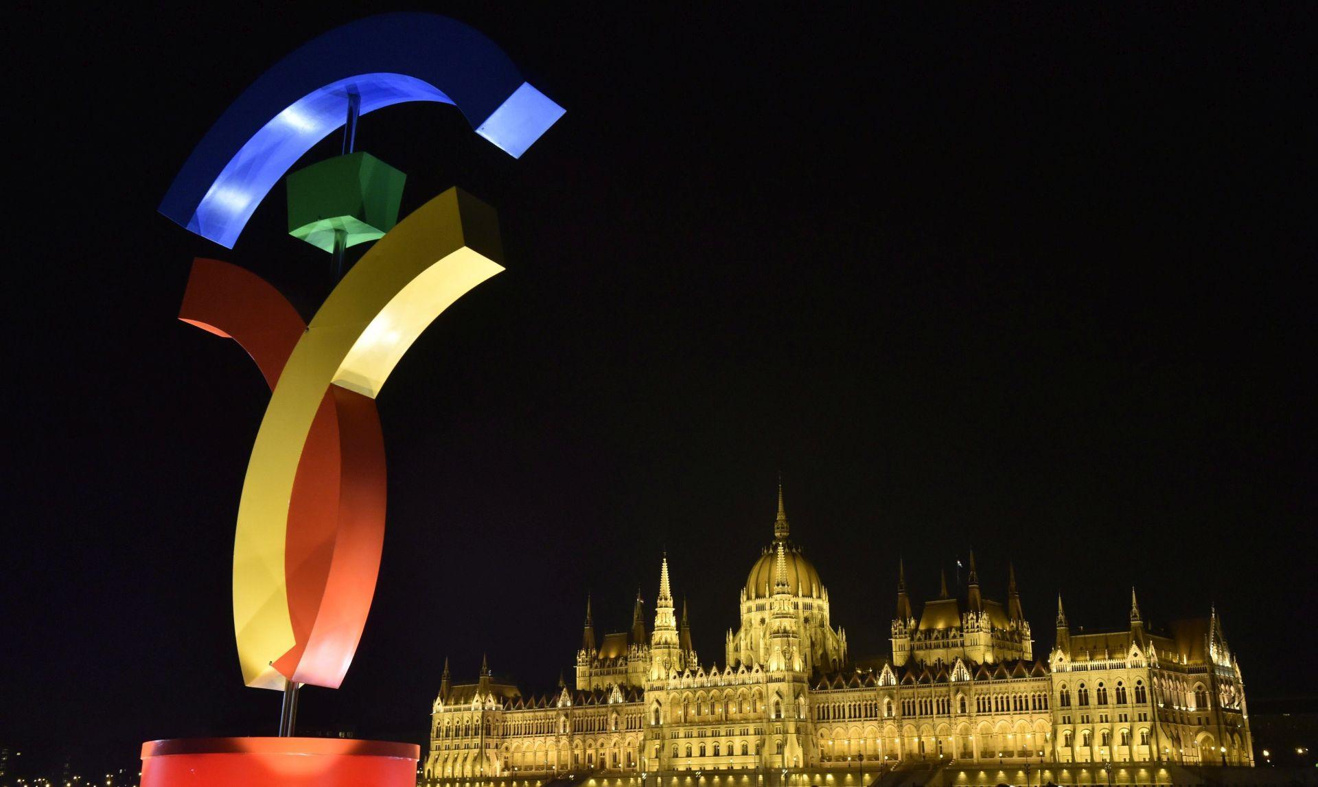 Rusi kupovali mađarske vize
