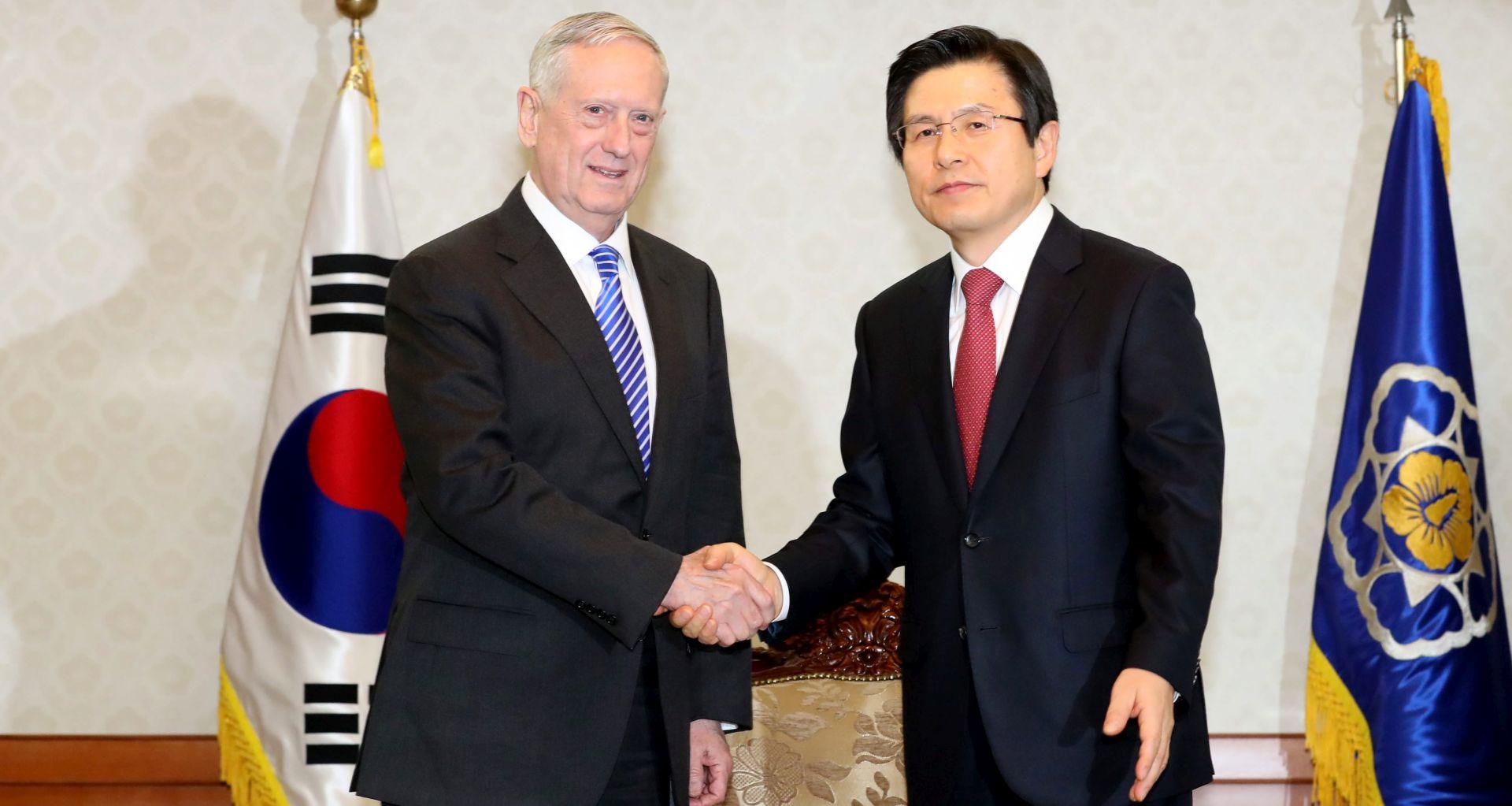 Novi američki ministar obrane poručio J. Koreji da SAD stoji uz nju protiv prijetnje iz Sj. Koreje