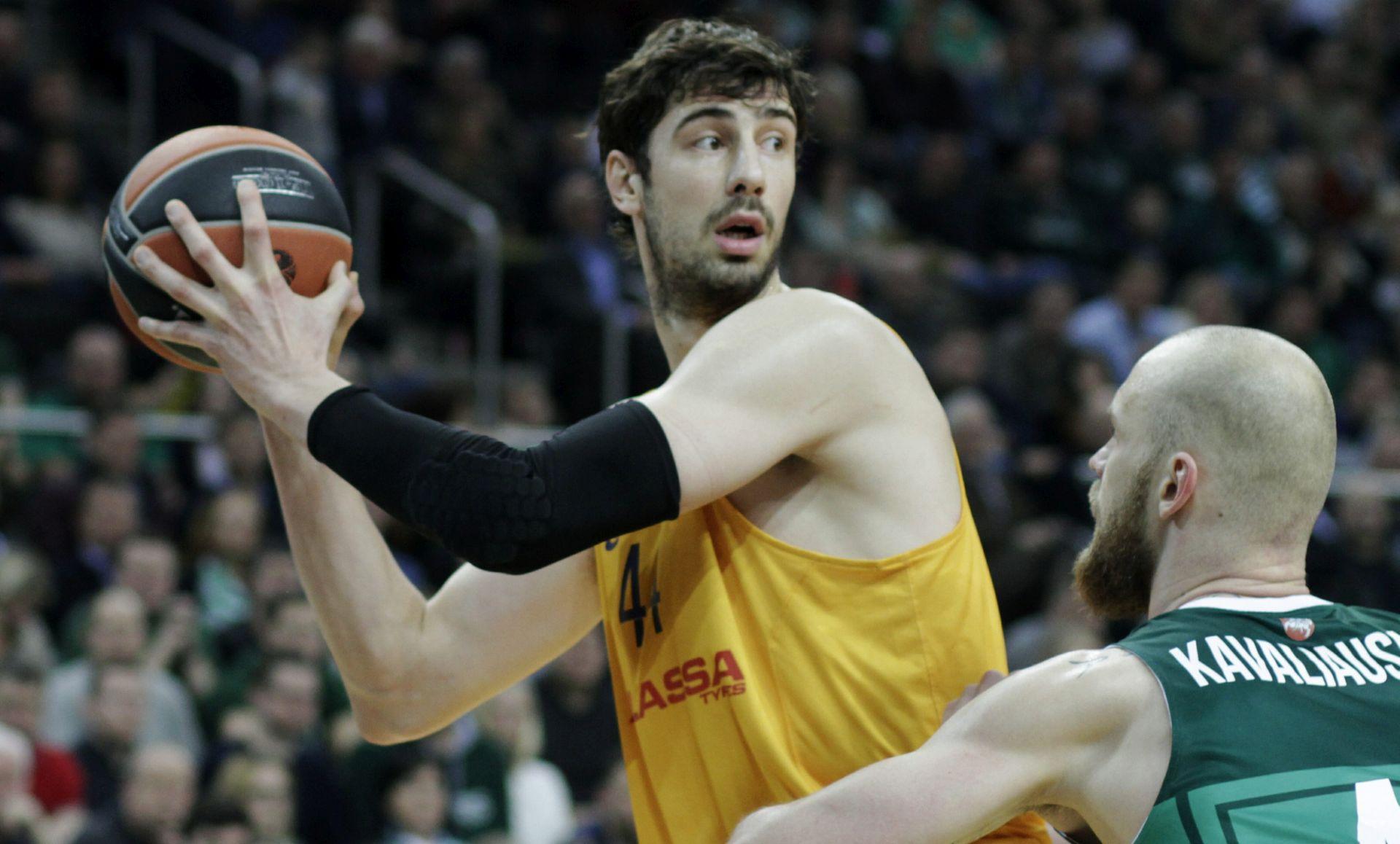 Košarkaši Barcelone novčano kažnjeni zbog loših rezultata