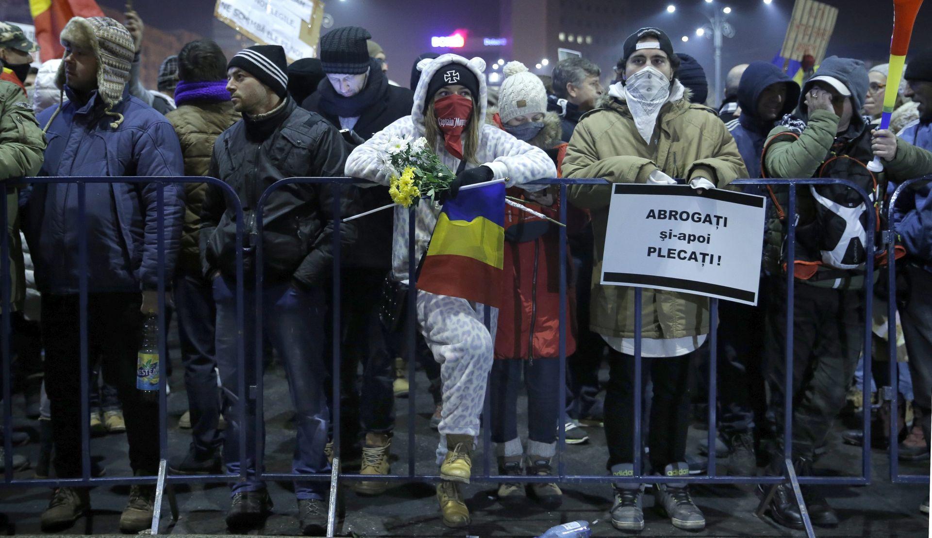 RUMUNJSKA Neviđen broj prosvjednika protiv sporne vladine uredbe