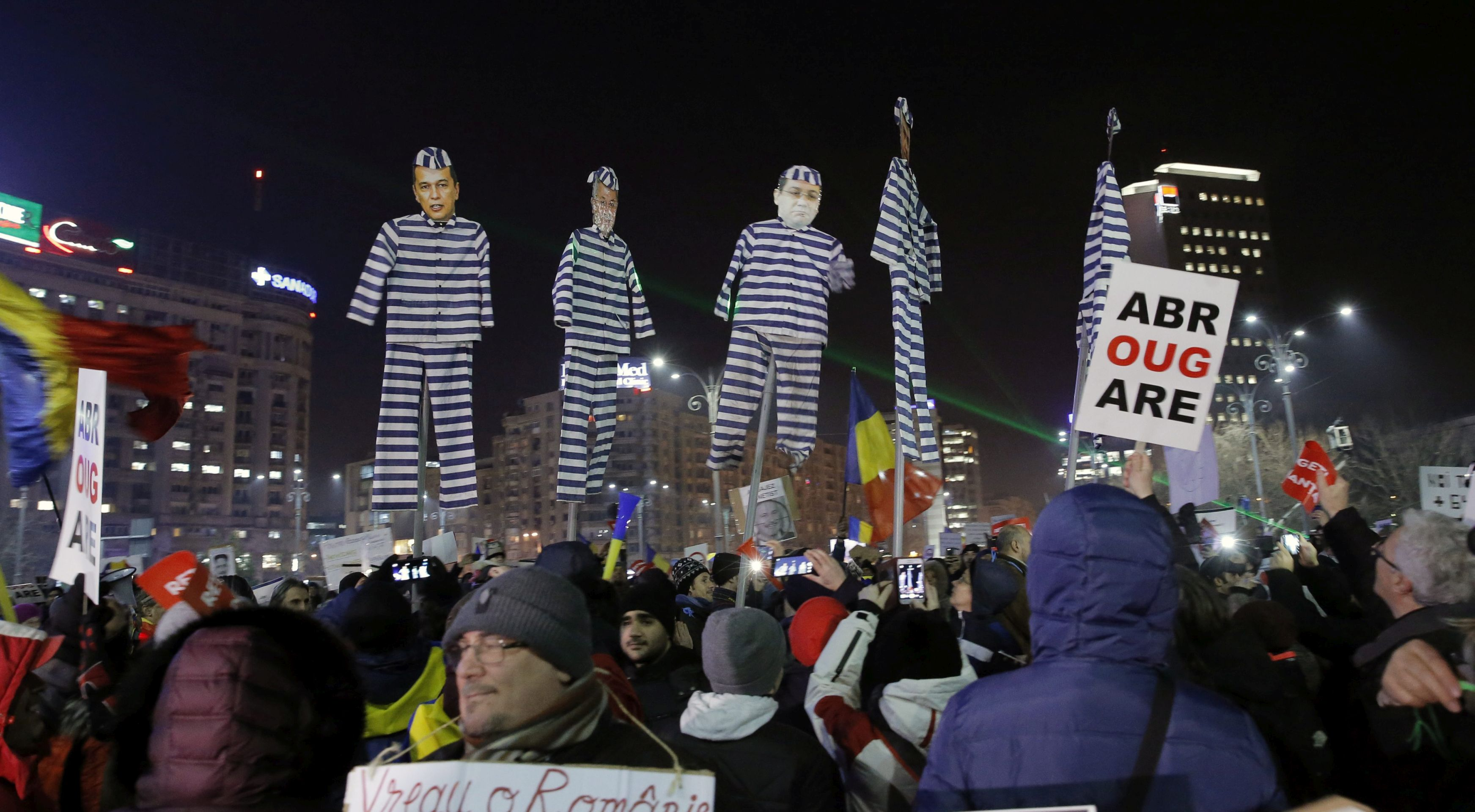 Prosvjednici protiv ublažavanja borbe protiv korupcije u Rumunjskoj ne odustaju, vlada isto